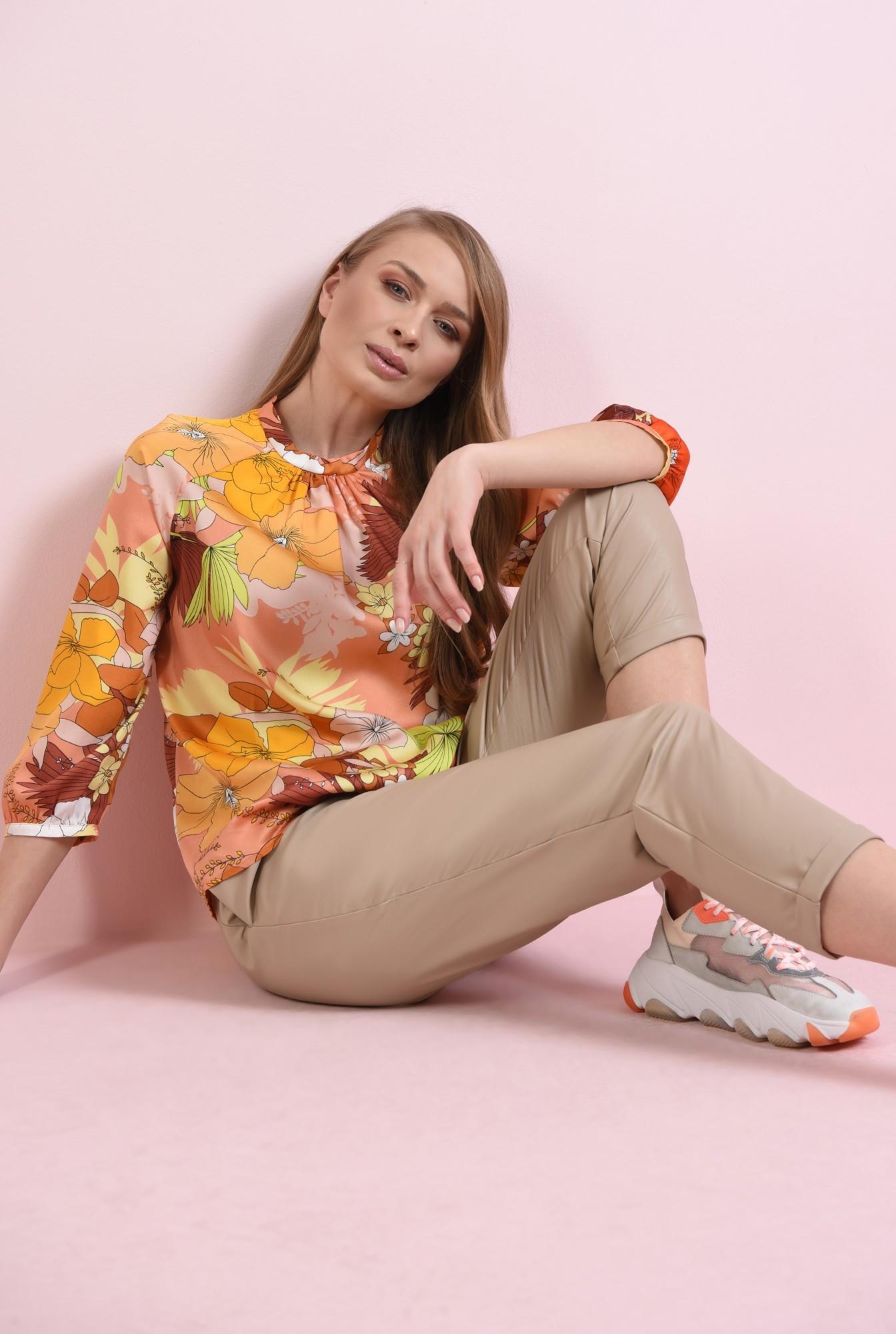 0 - bluza casual, cu imprimeu