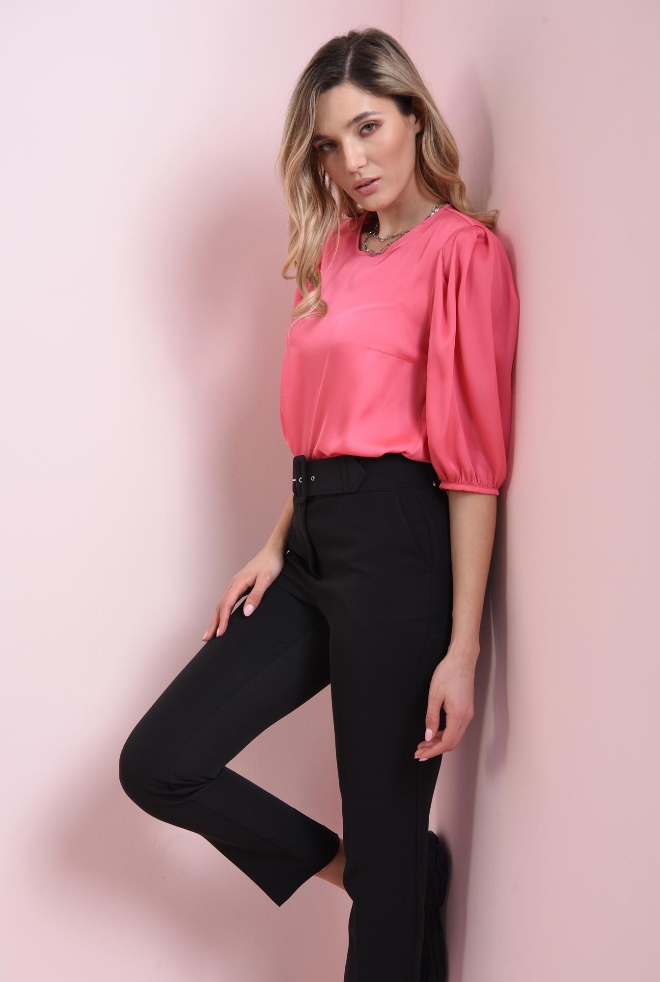 1 - bluza matasoasa, roz, cu maneci bufante