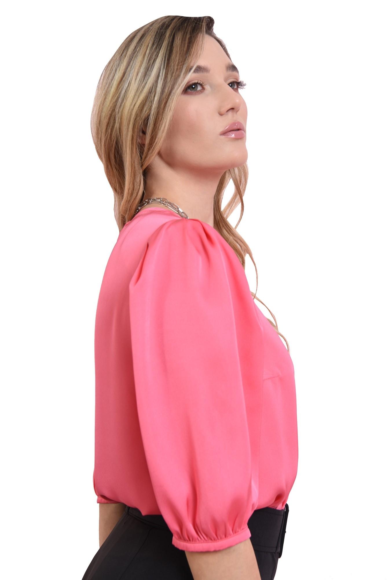 3 - bluza matasoasa, roz, cu maneci bufante