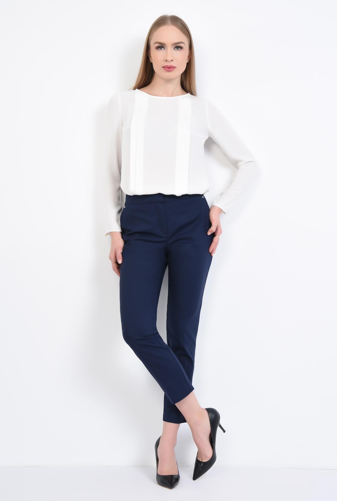 3 - Bluza eleganta, pliseuri