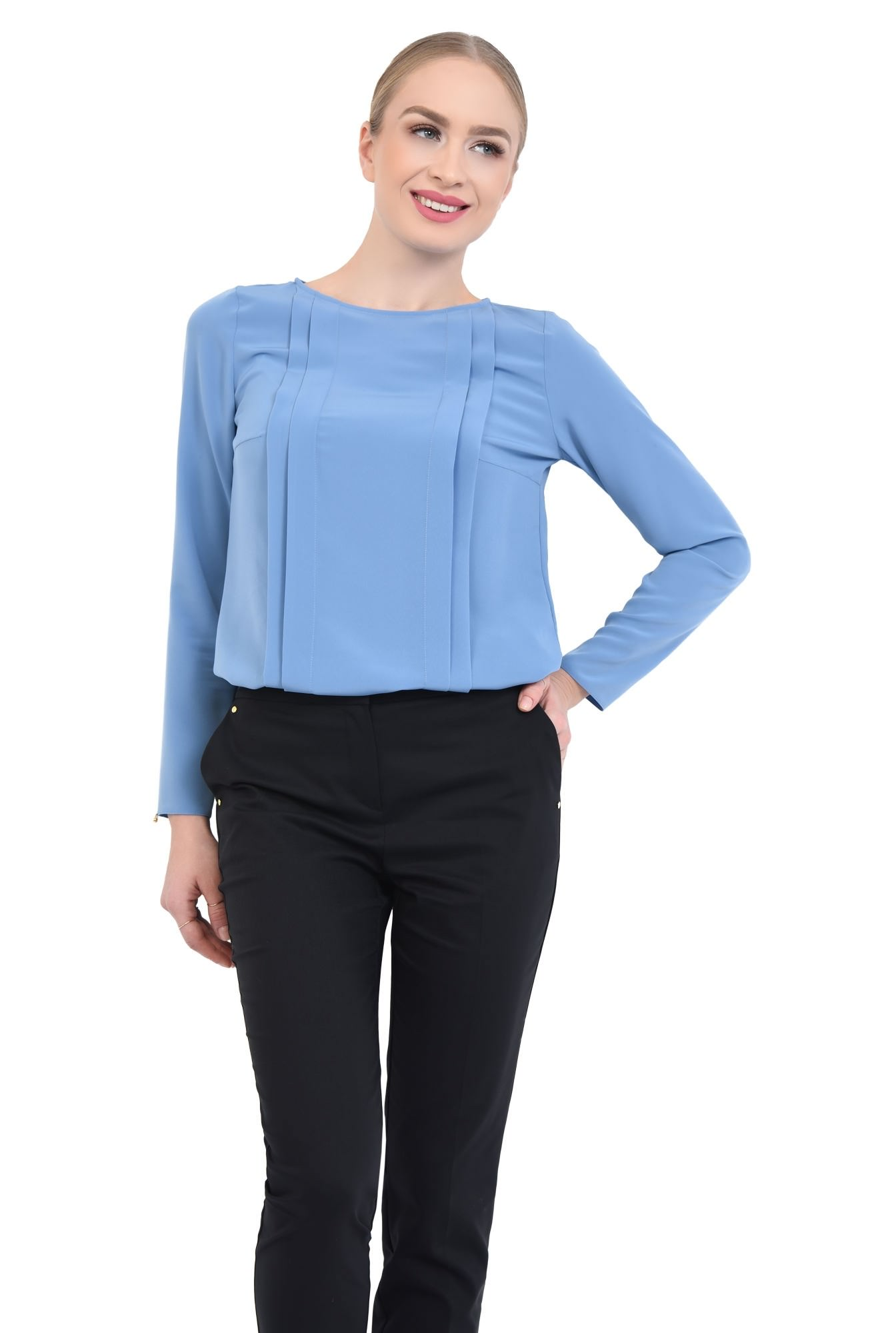 2 - Bluza eleganta, pliseuri