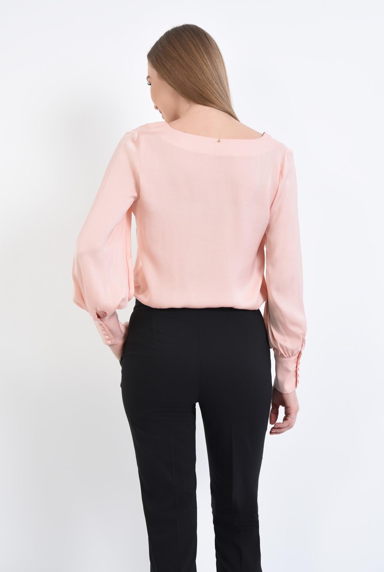 1 - 360 - Bluza roz, croi lejer, maneci bufante lungi, manseta inalta, decolteu in V