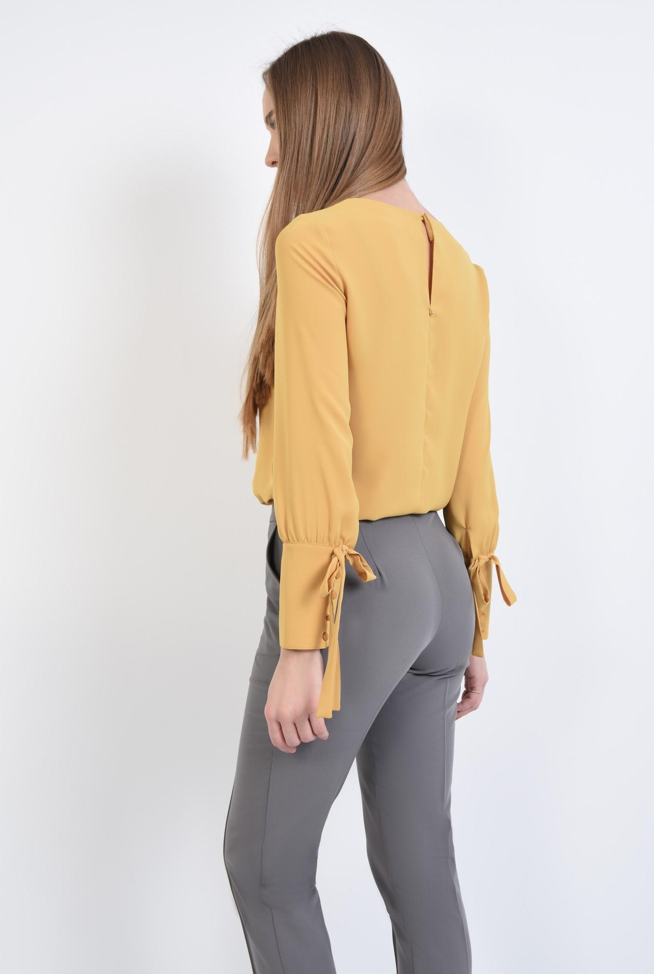 1 - Bluza eleganta, croi drept, maneci bufante