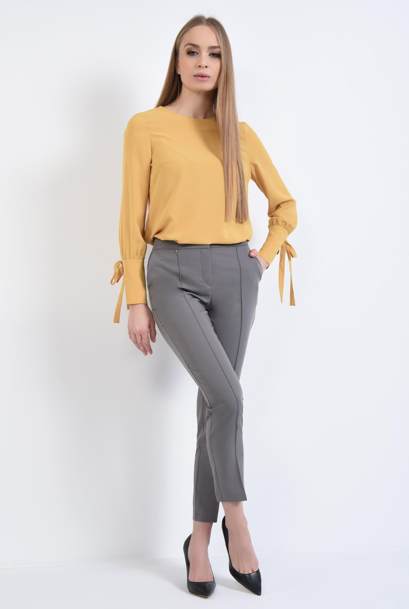 3 - Bluza eleganta, croi drept, maneci bufante