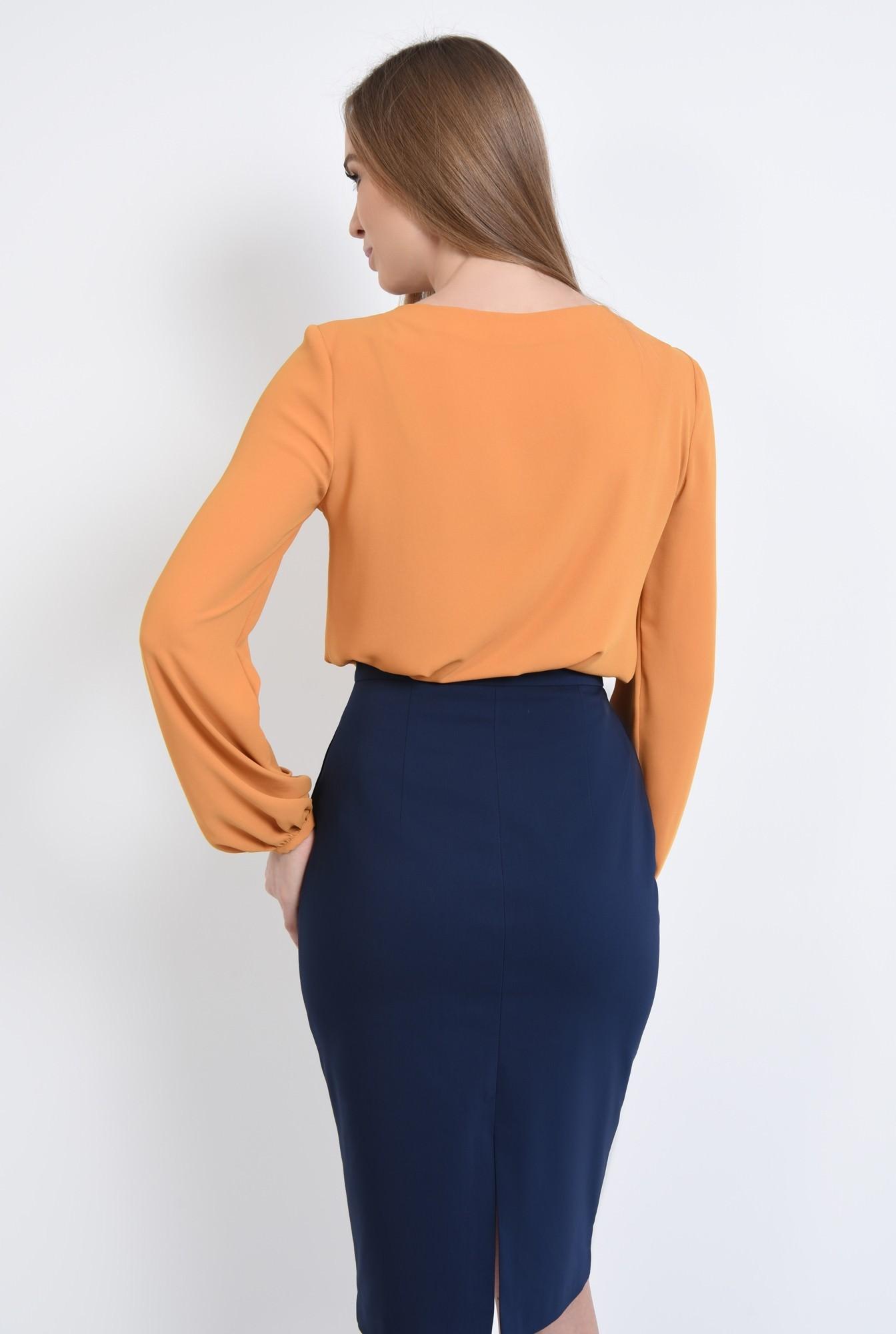 1 - Bluza eleganta, maneci bufante