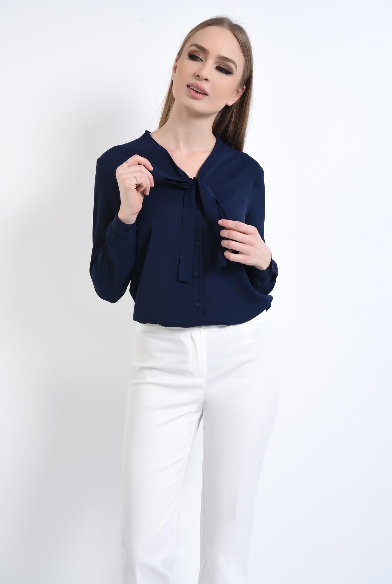 0 - Bluza eleganta, cu funda