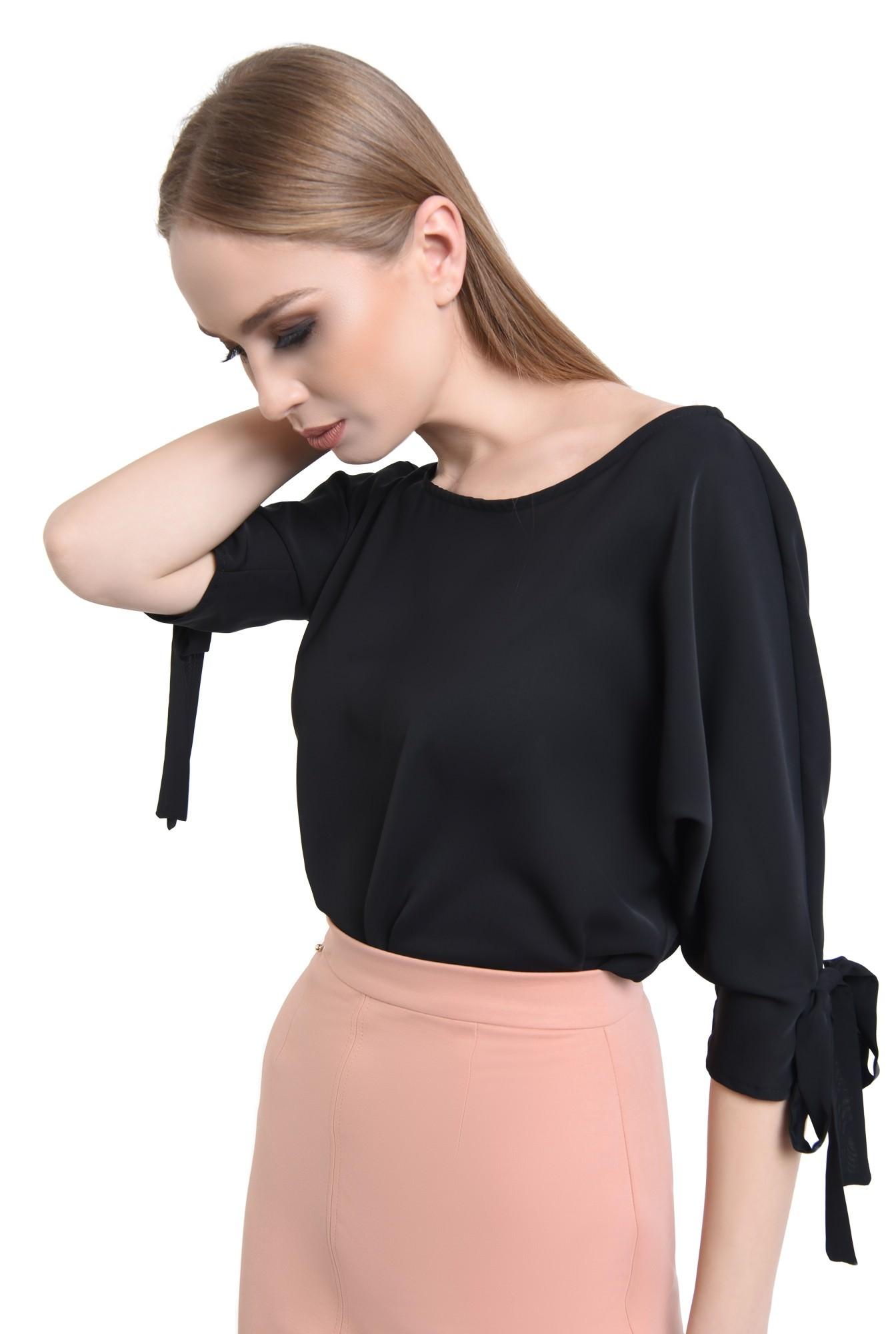 2 - Bluza din sifon, negru, croi drept