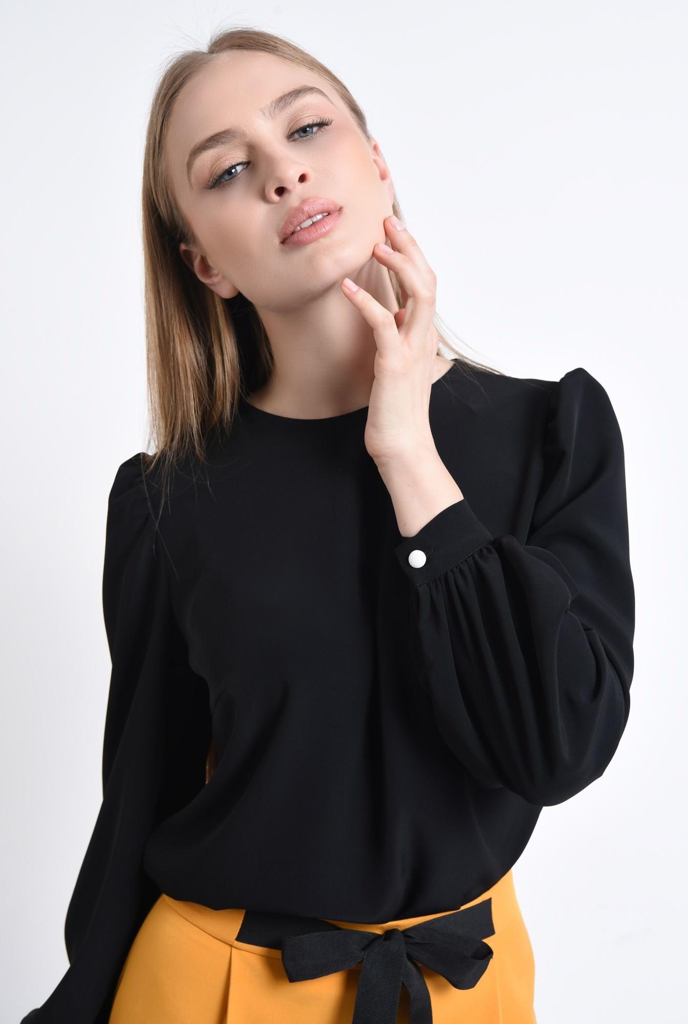 2 - 360 - Bluza casual neagra, decolteu rotund