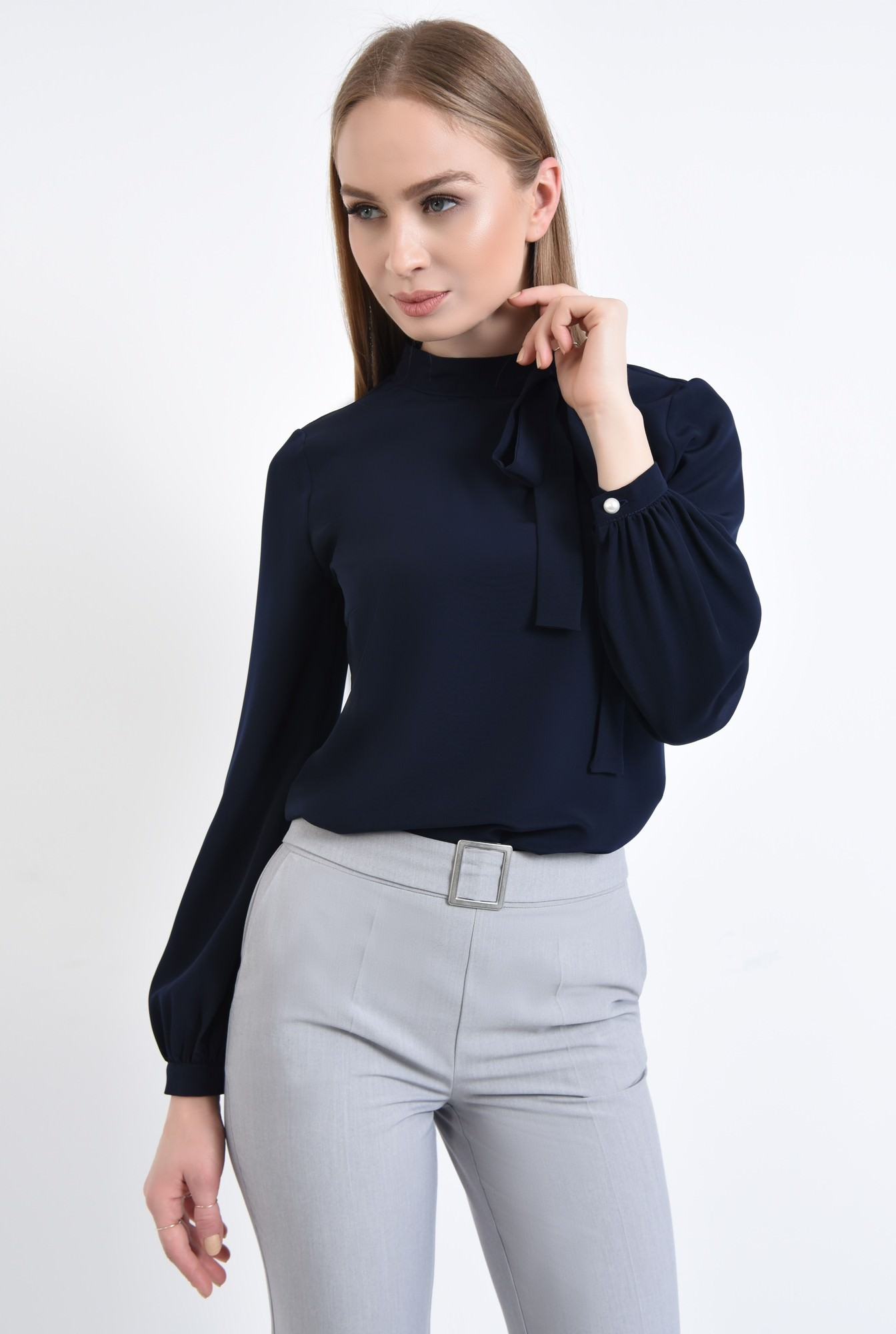0 - 360 - Bluza eleganta, cu funda