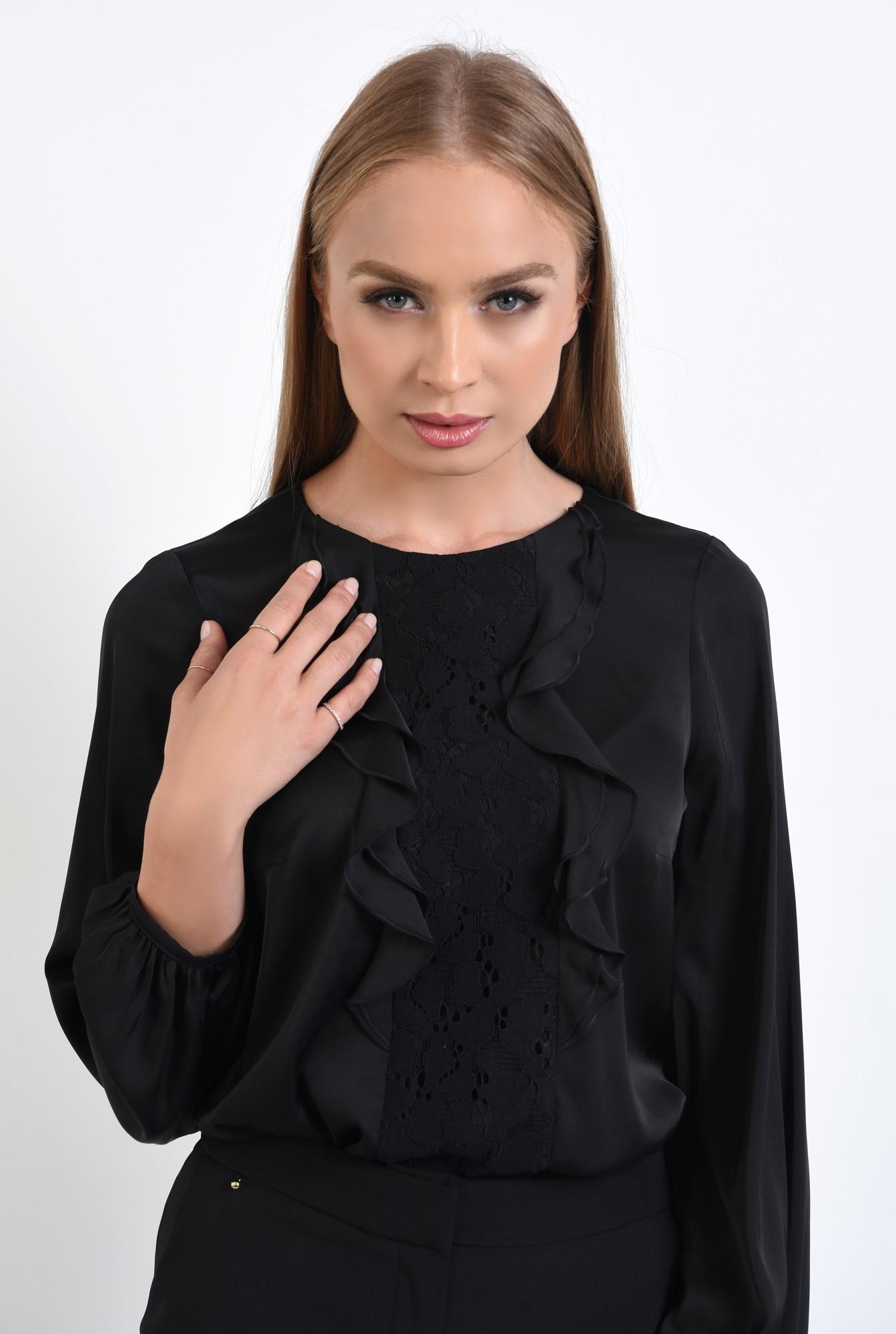 2 - 360 - bluza eleganta, cu volane, dantela aplicata, maneci lungi, mansete elastice