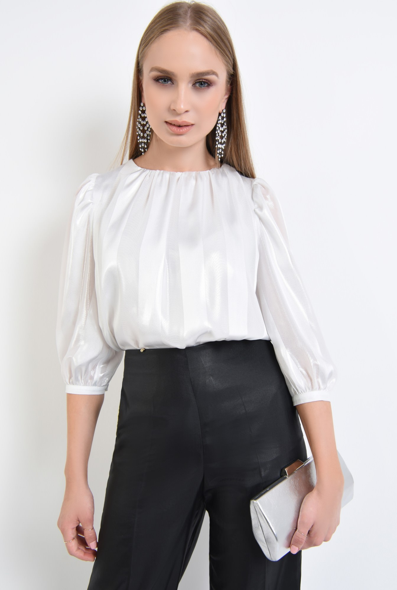 0 - 360 - bluza eleganta argintie, sifon, dungi, pliseuri la decolteu