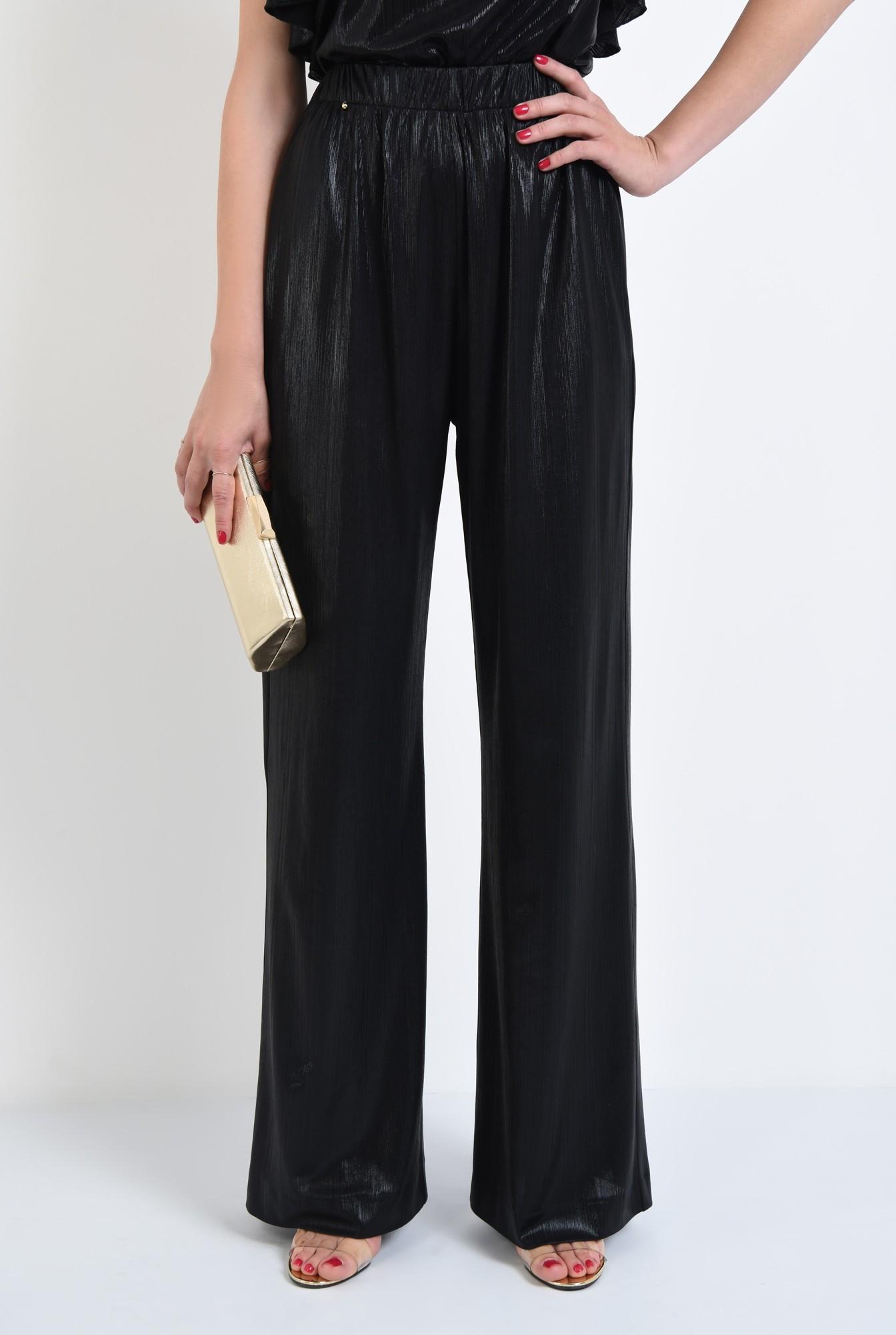 2 - pantaloni eleganti, evazati, croi lejer, negru
