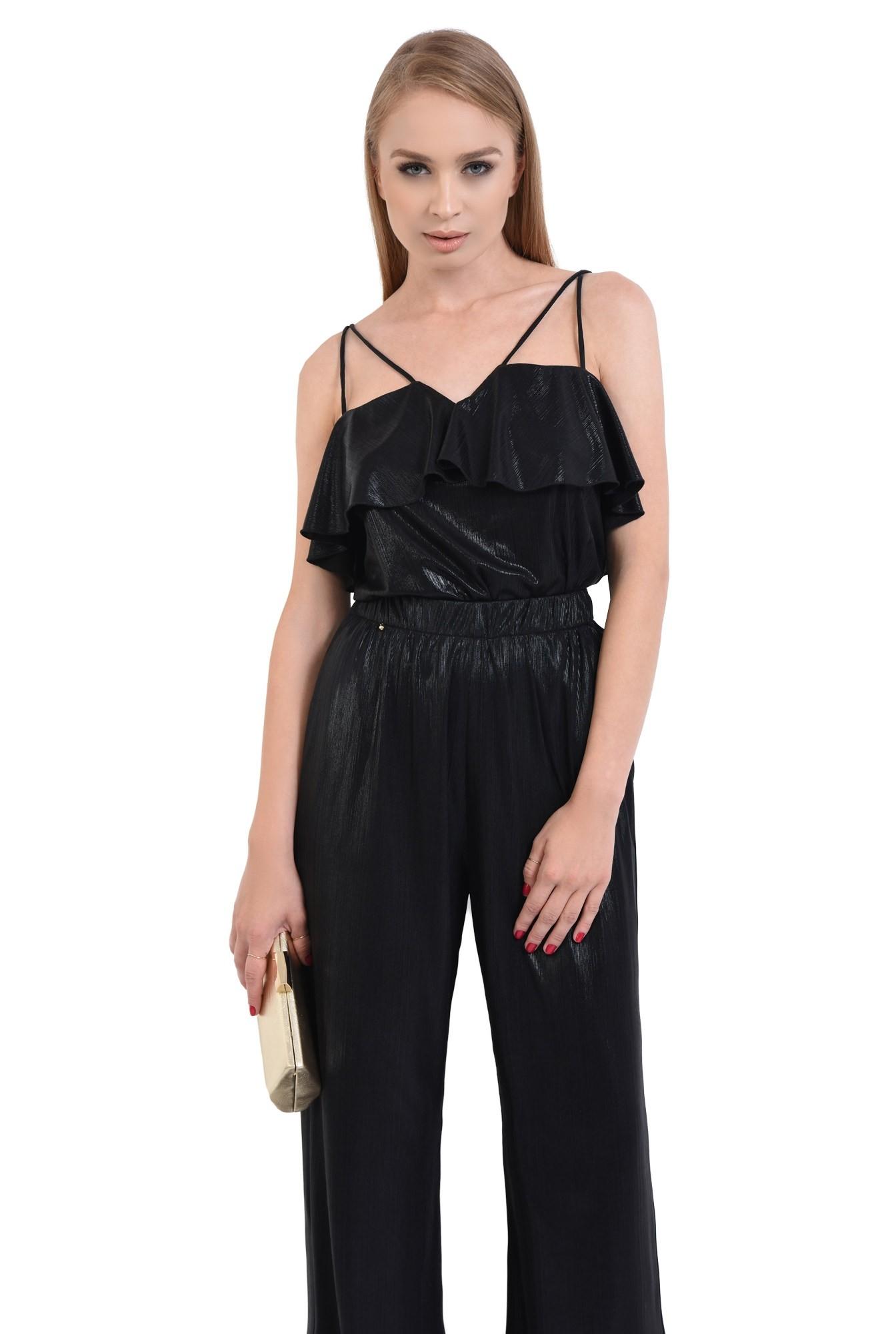 0 - pantaloni eleganti, evazati, croi lejer, negru