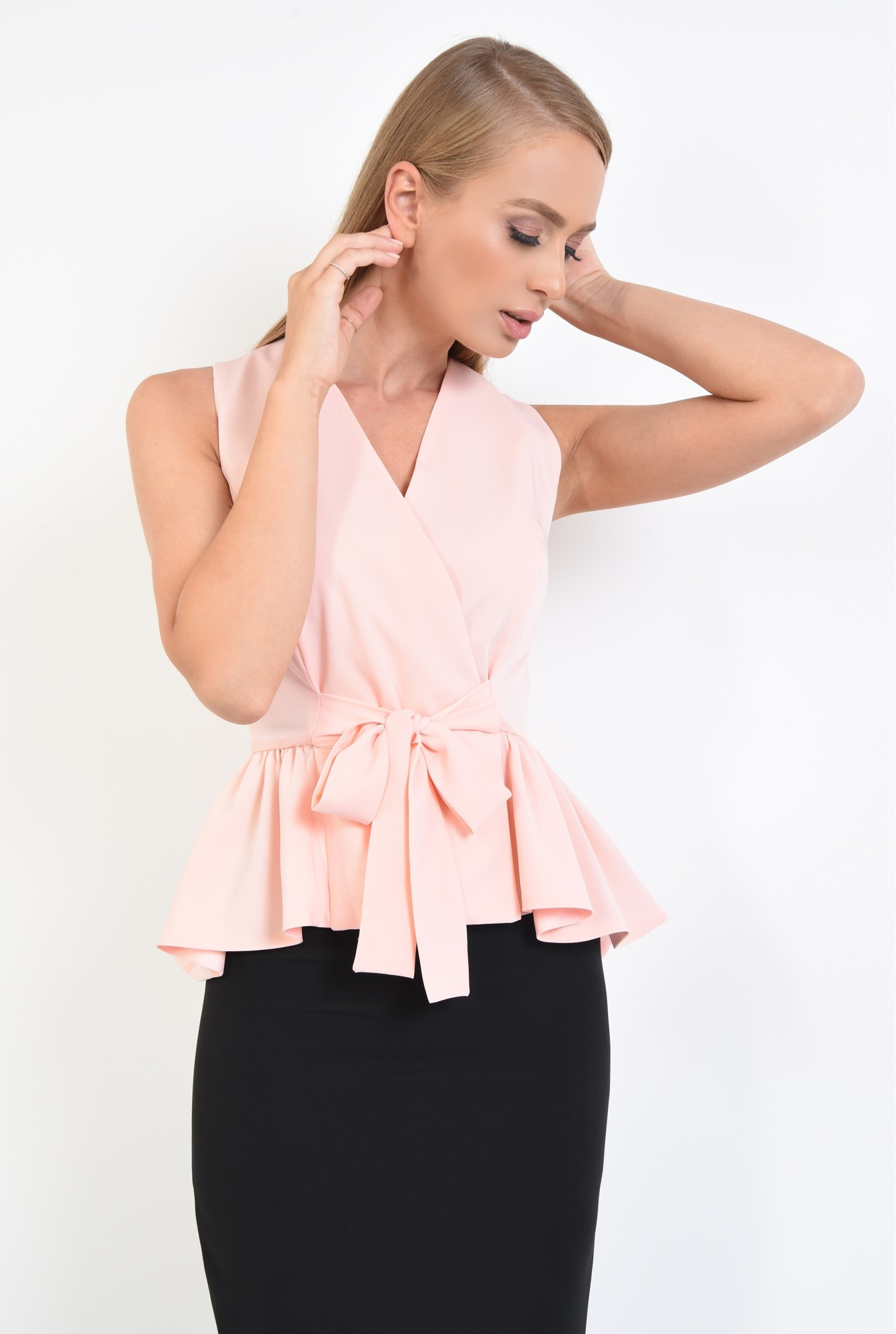 2 - 360 -   bluza roz, de ocazie, croi cambrat, cu volan