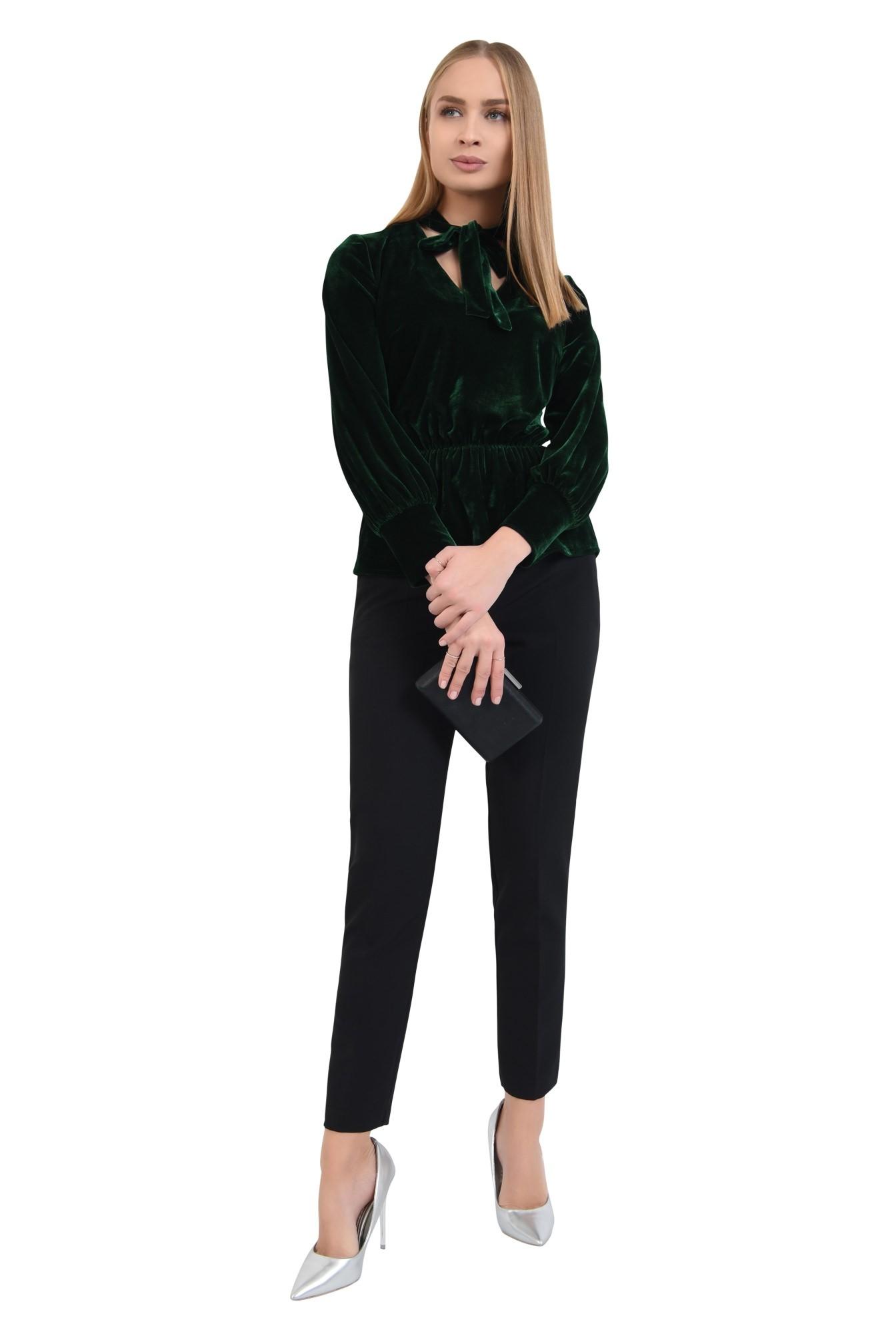 3 - 360 - bluza din catifea verde, cu funda, cu volan, maneci lungi