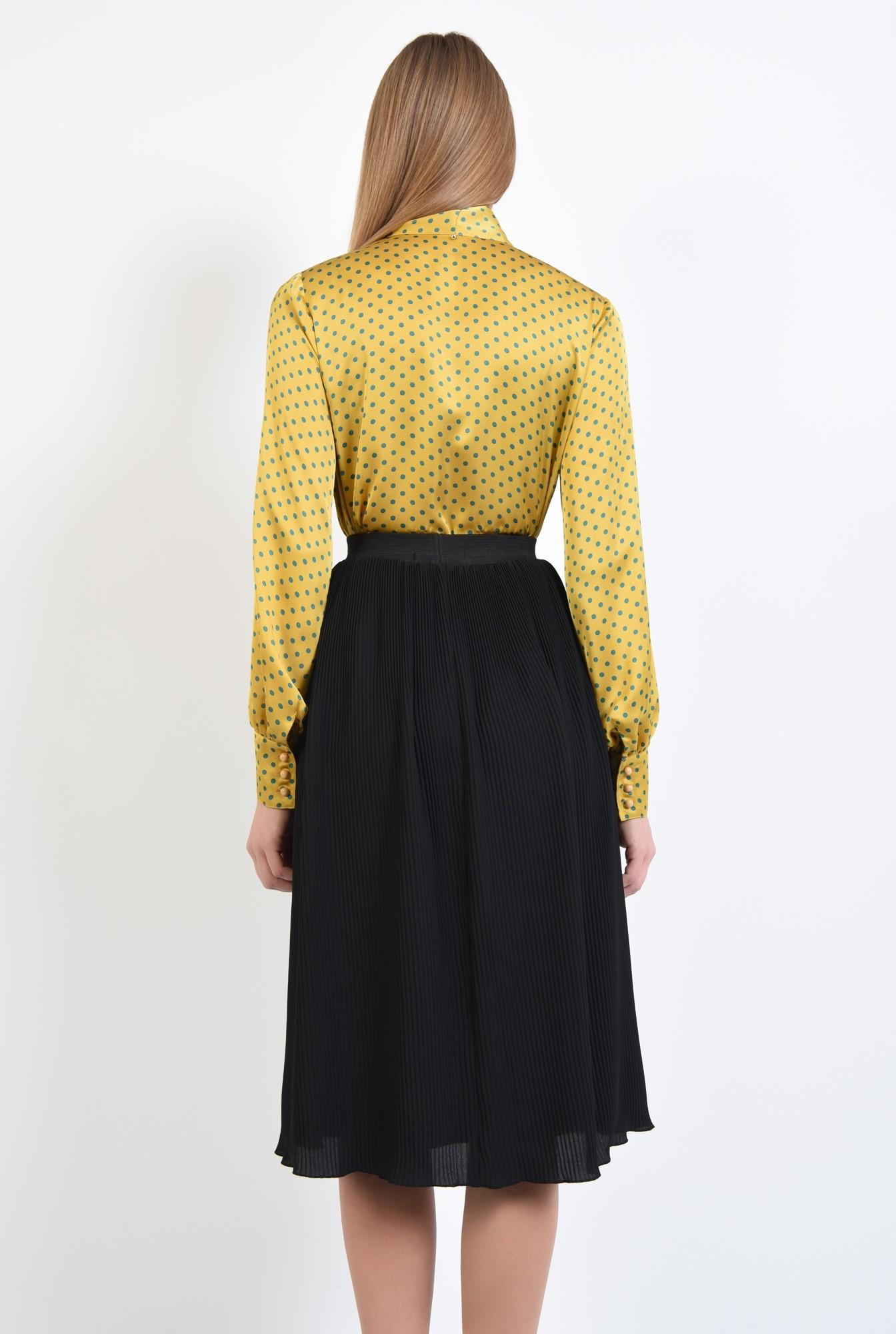 1 - 360 - bluza de zi, din satin, picouri, mustar, funda esarfa
