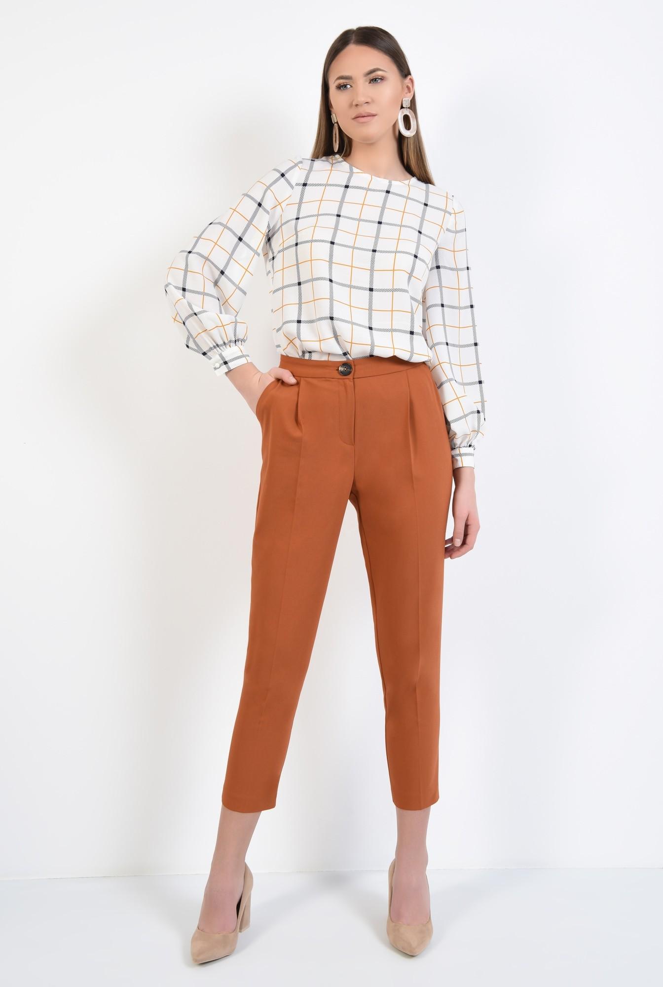 3 - bluza de zi, alba, imprimeu carouri, maneci lungi cu manseta