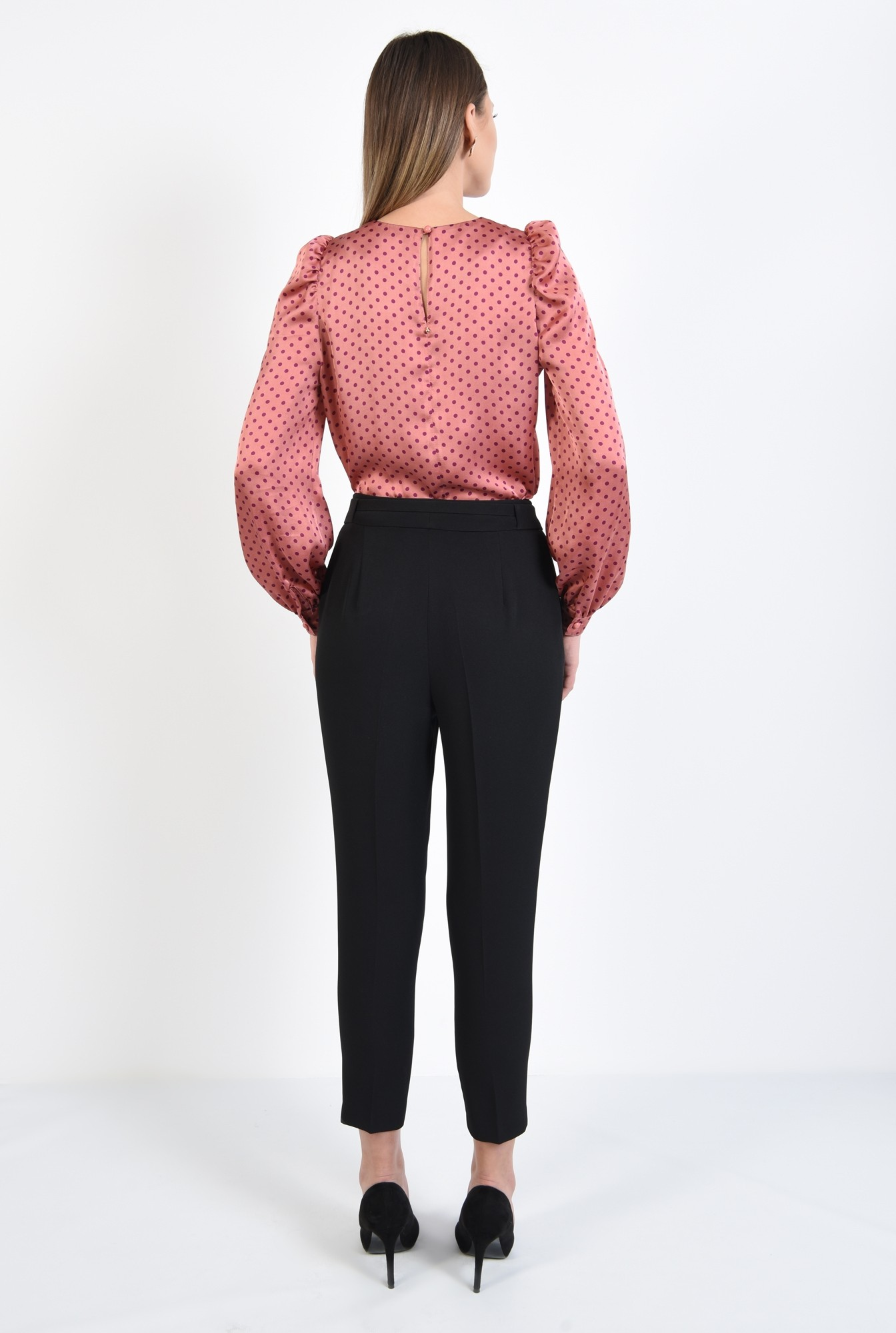 1 - 360 - bluza cu picouri, din satin roz, maneci lungi, croi drept, buline