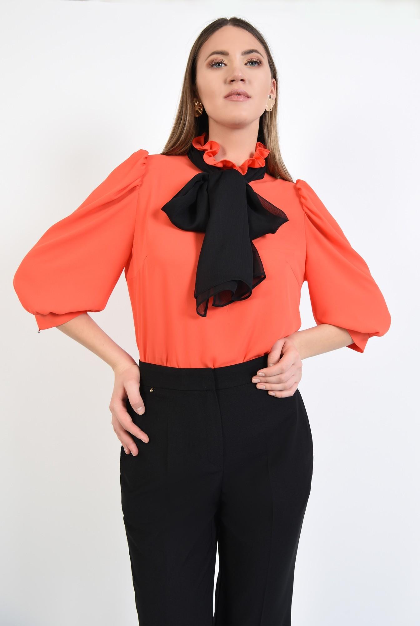 0 - 360 - bluza eleganta, maneci 3/4 cu mansete, funda neagra, bluza din sifon