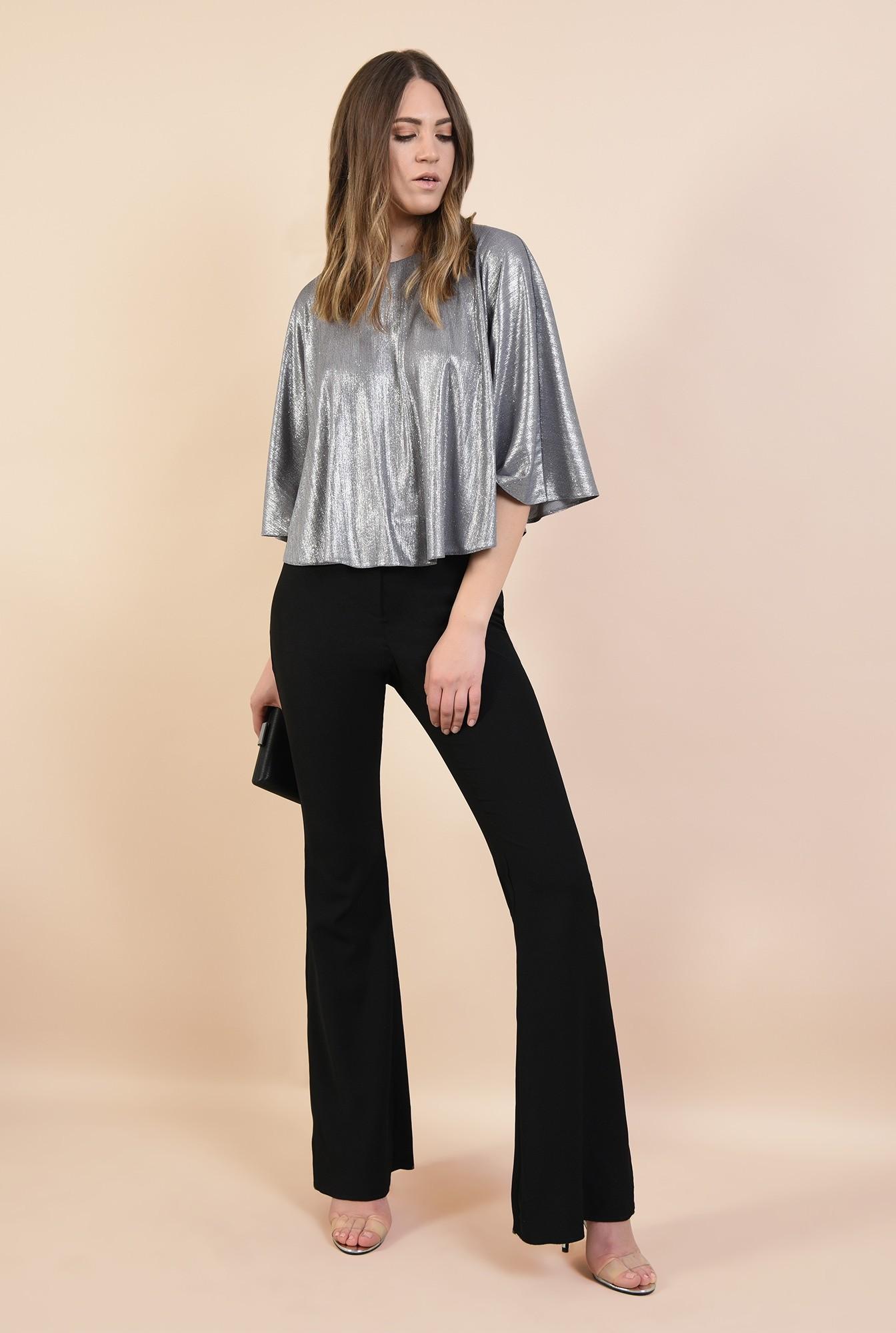 3 - bluza eleganta, tip capa, argintie, cu sclipici, maneci fluture