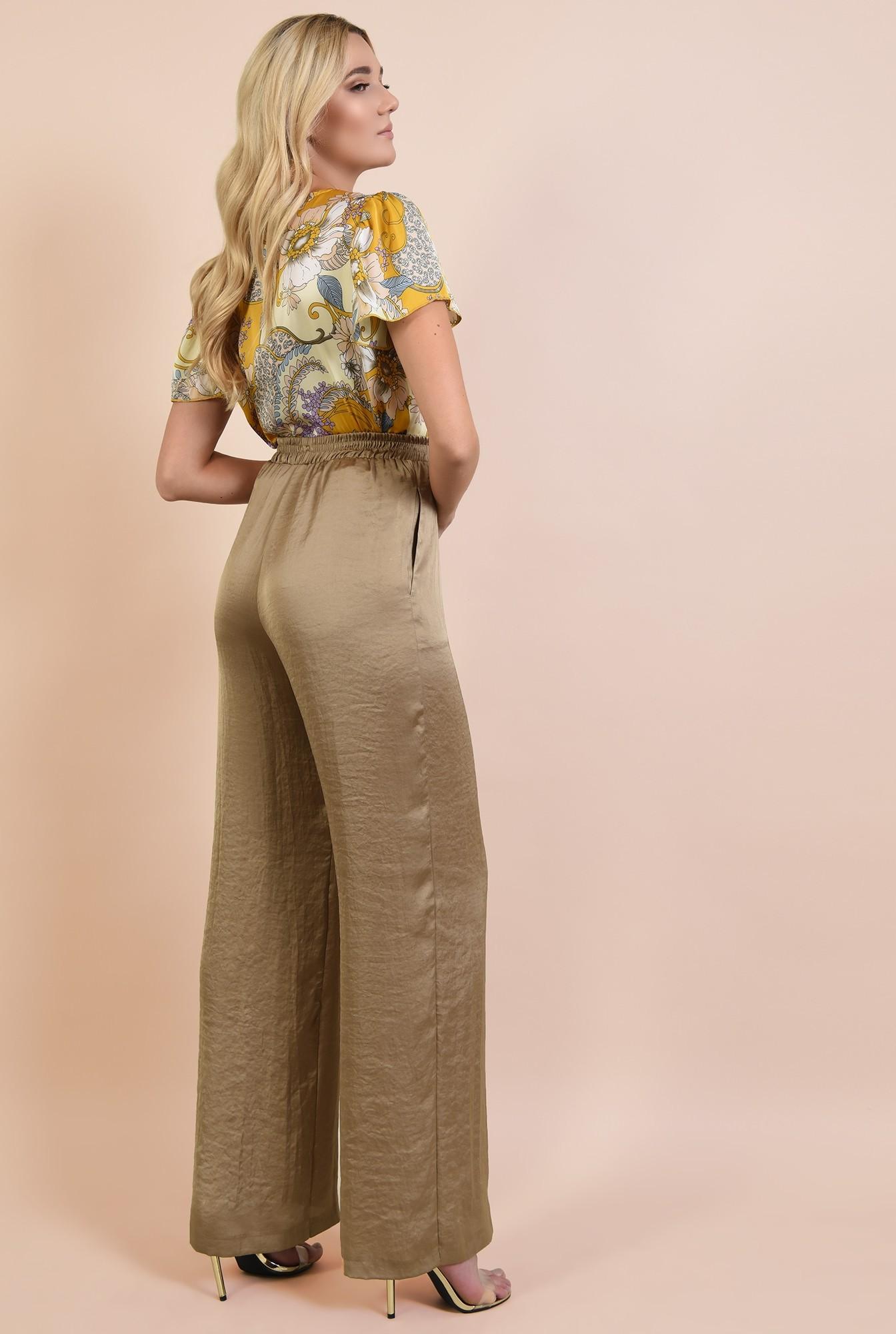 1 - bluza eleganta, din satin, cu imprimeu floral, croi lejer parte peste parte