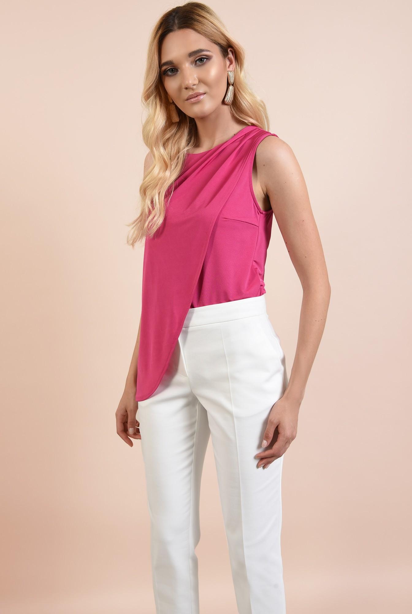 0 - bluza roz, cu fronseuri la umeri, croi parte peste parte, asimetrica