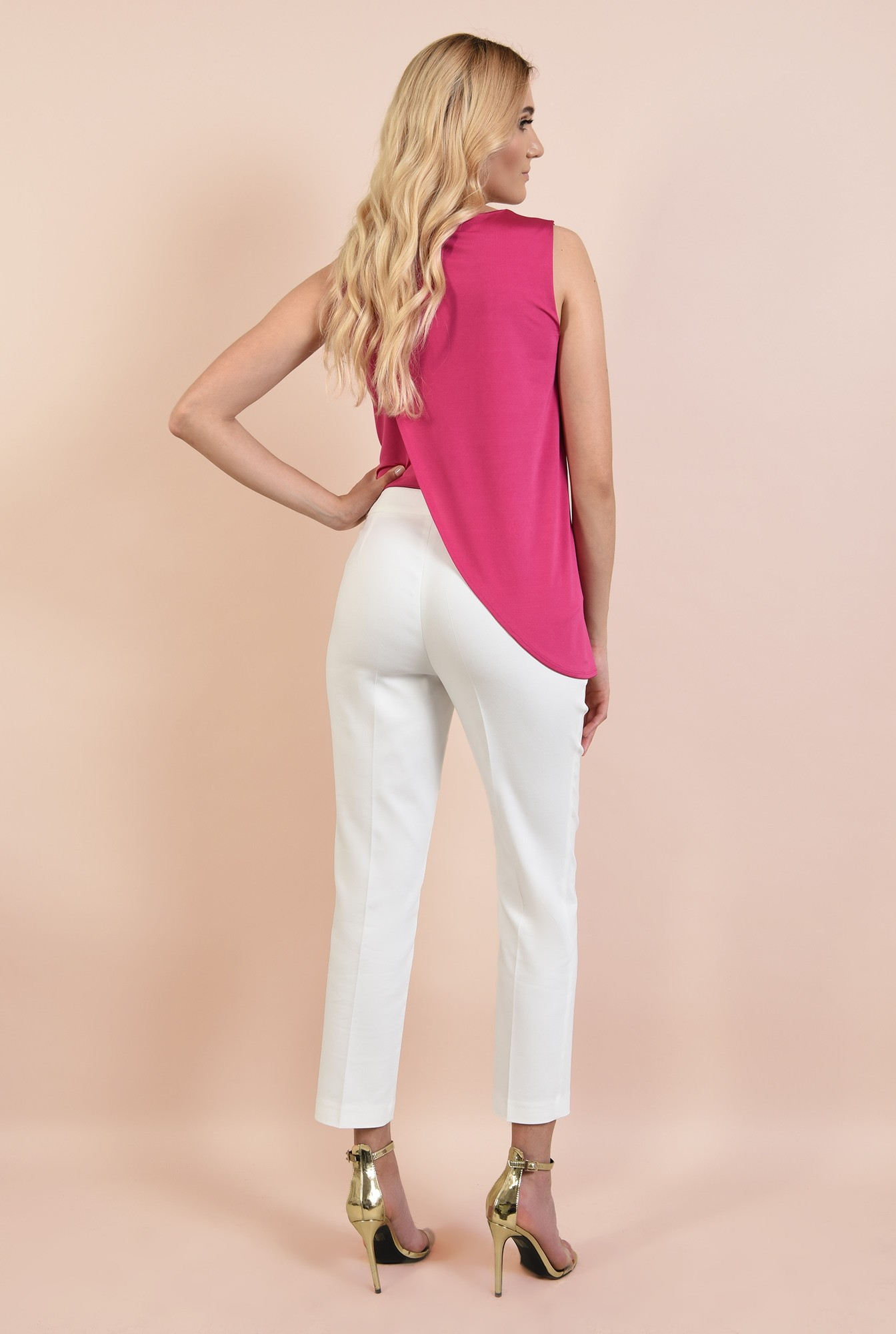1 - bluza roz, cu fronseuri la umeri, croi parte peste parte, asimetrica