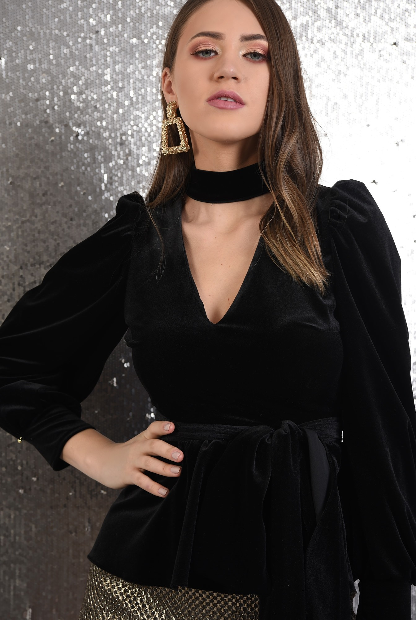 2 - bluza eleganta, din catifea, cordon tip brau, anchior cu guler perkins
