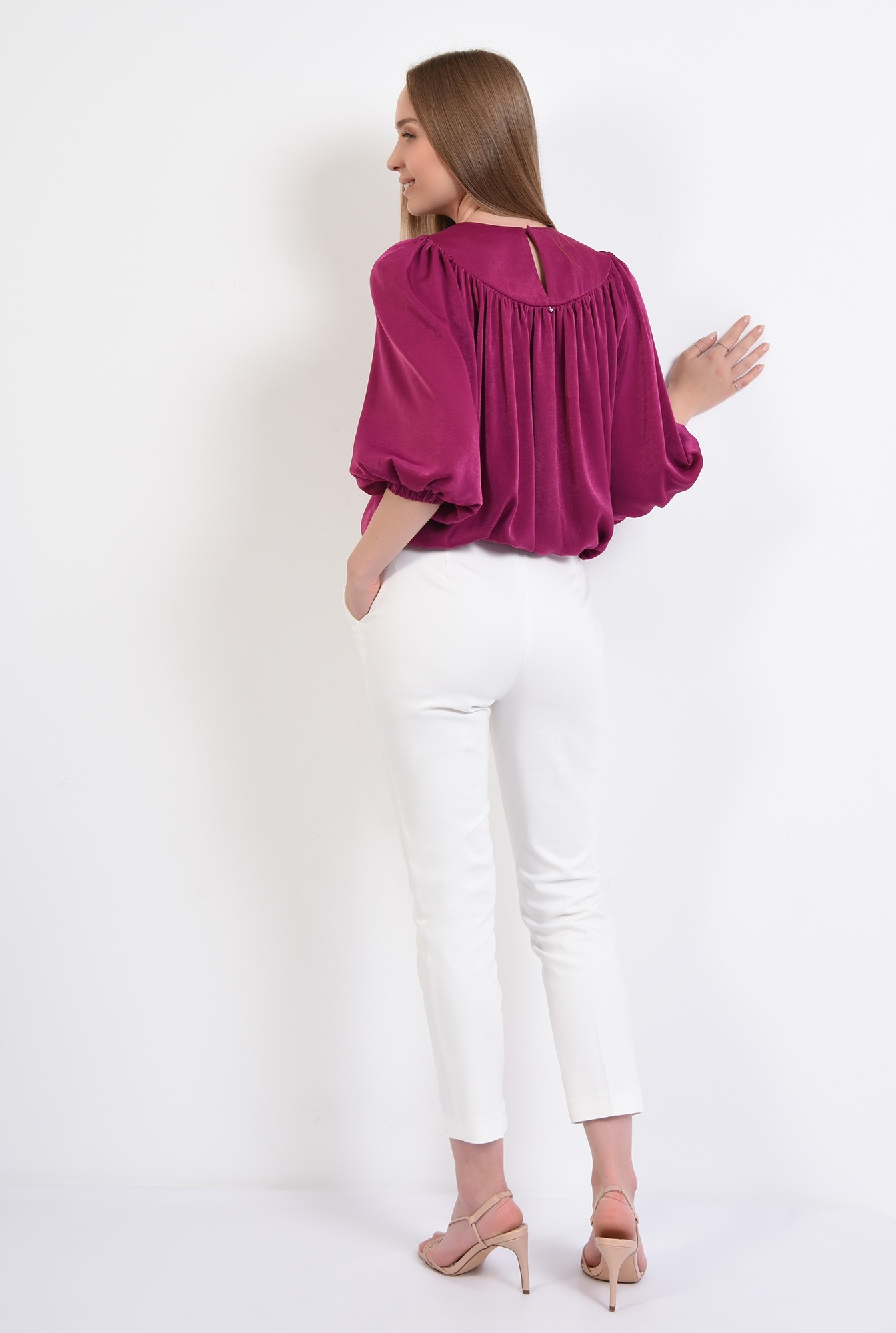 1 - 360 - bluza eleganta, din satin, cu platca, maneci bufante