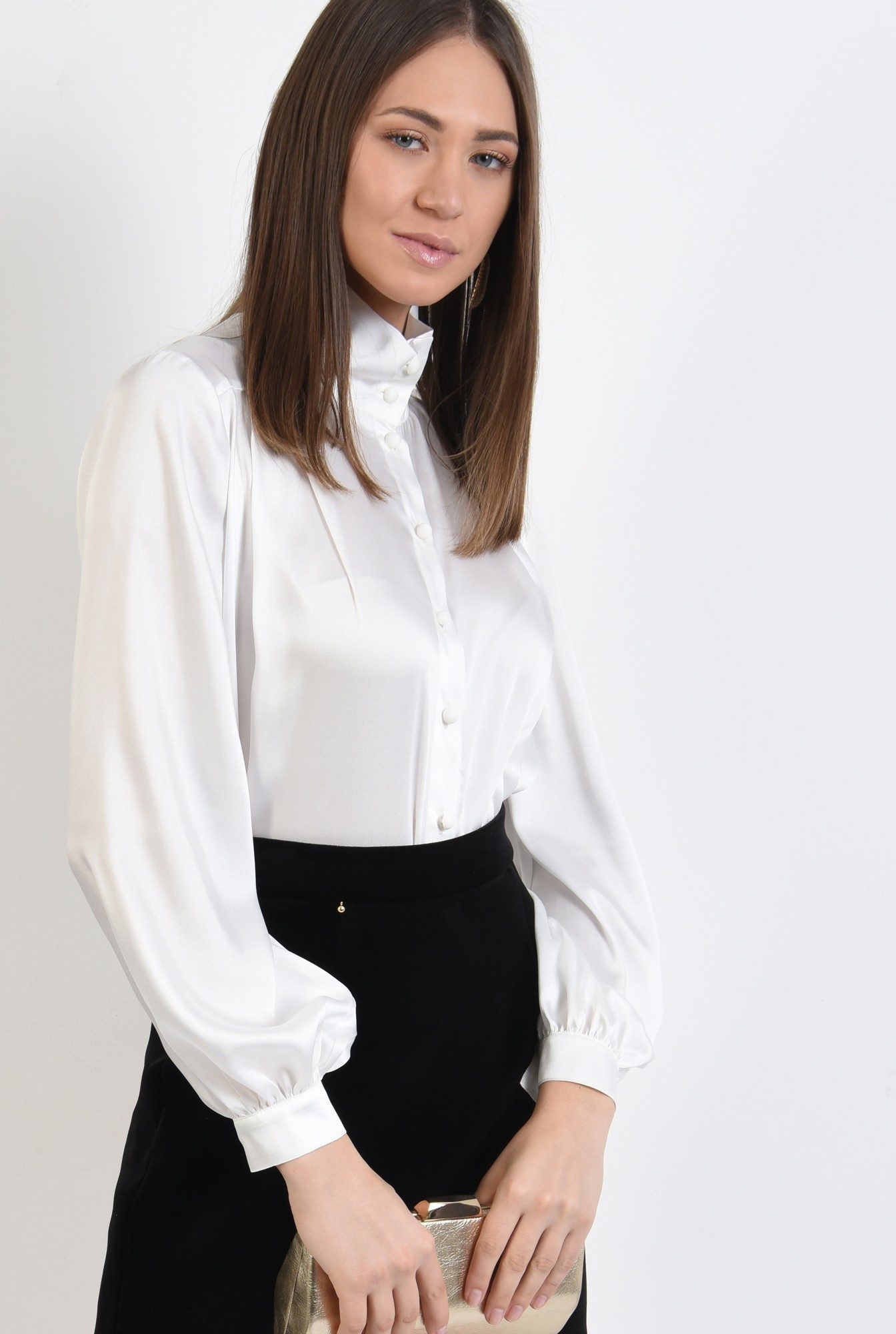2 - bluza satinata, maneci bufante, cu nasturi, guler inalt, ivoar