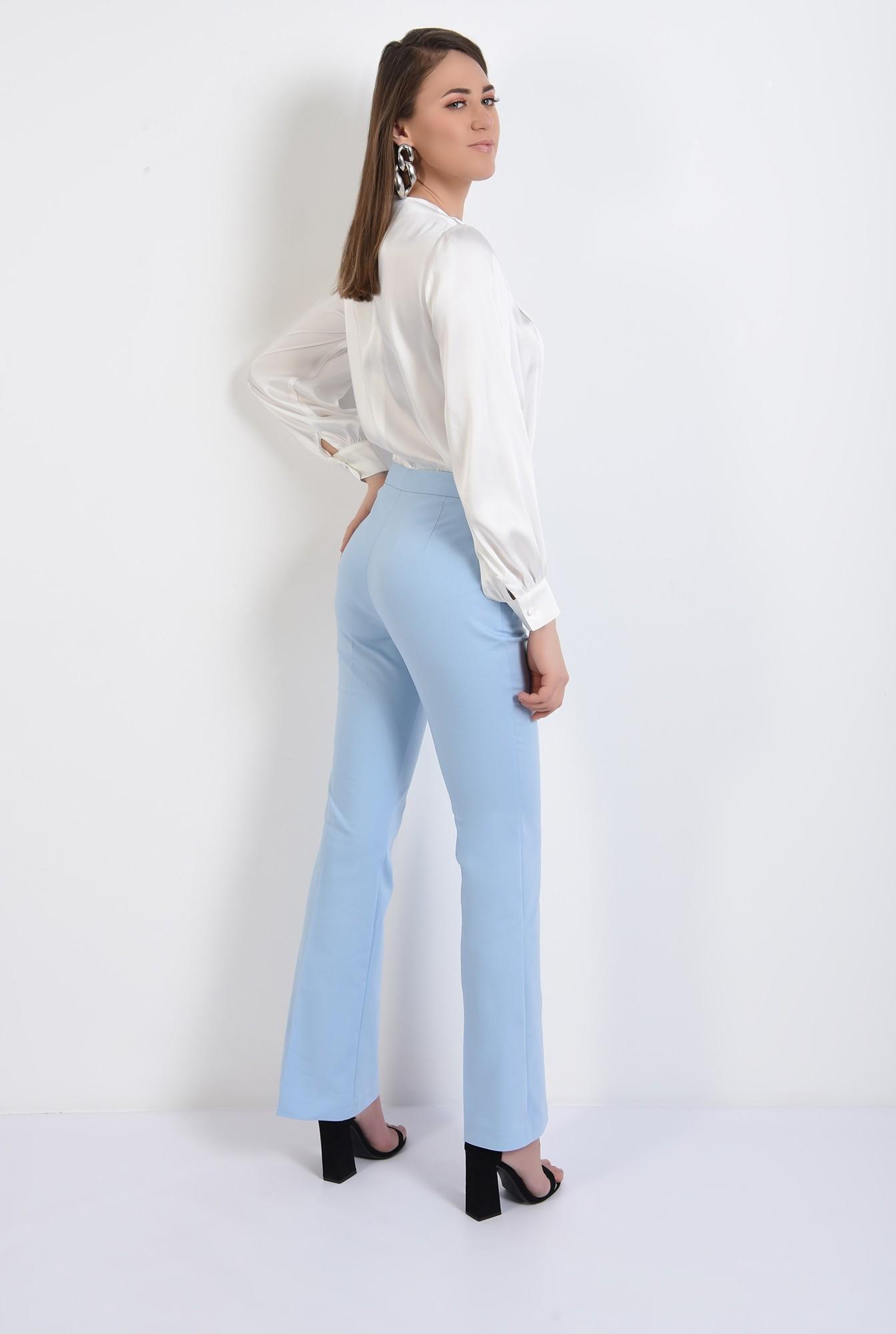 1 -  bluza eleganta, cu nasturi decorativi, maneci lungi, din satin