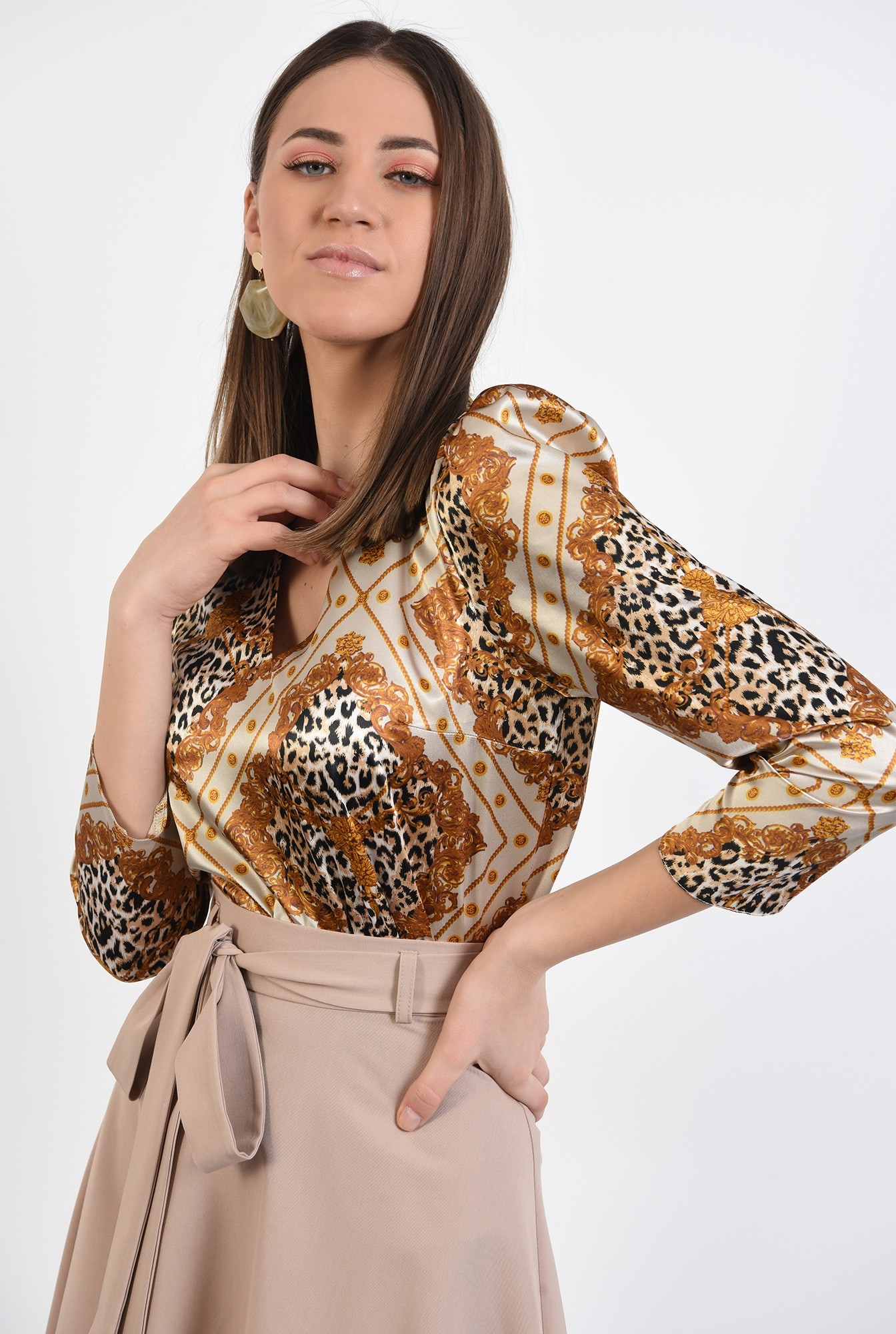 2 - bluza eleganta, din satin, cu imprimeu, animal print, bluza de primavara