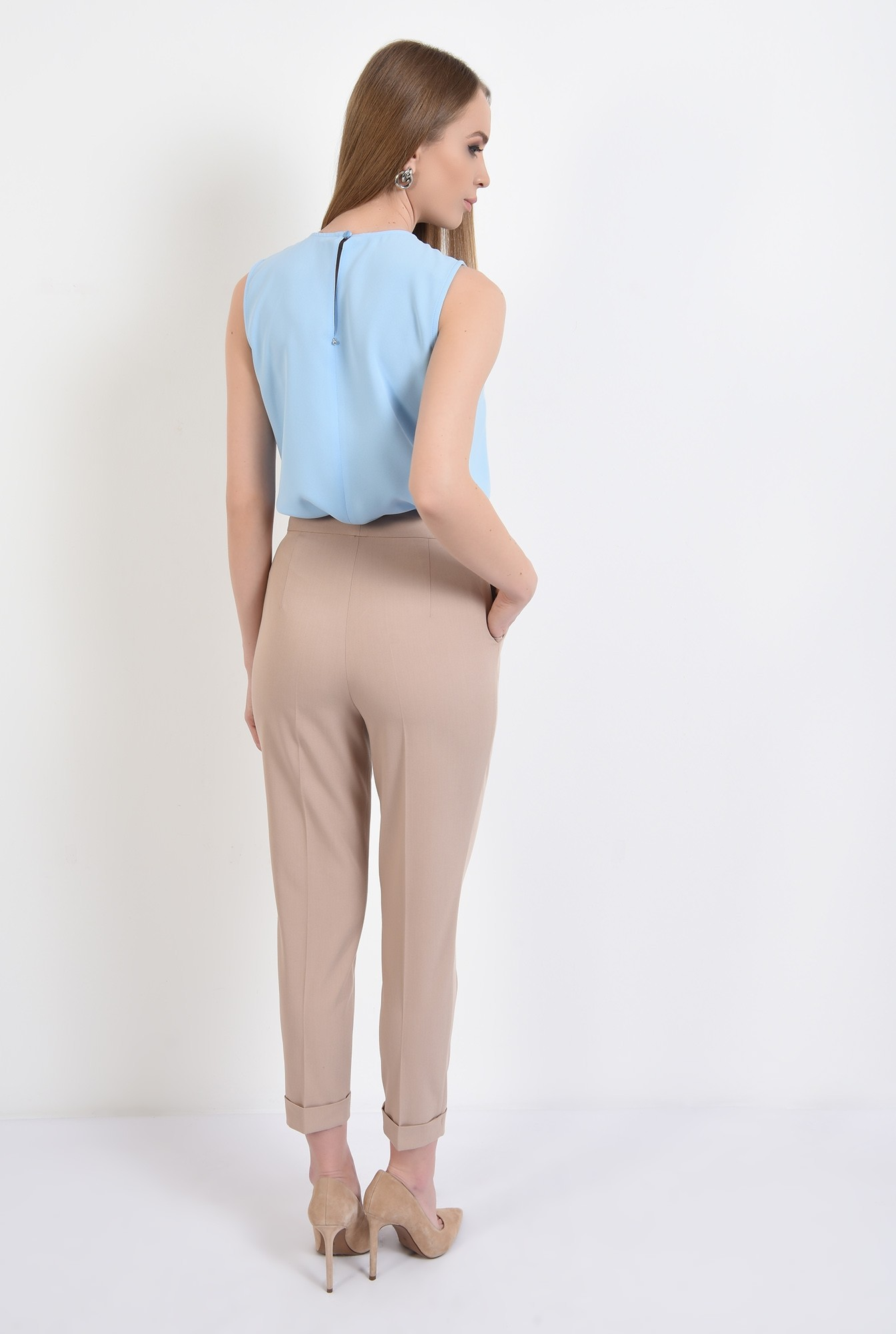 1 - bluza bleu, fara maneci, cu funde negre, bluza office