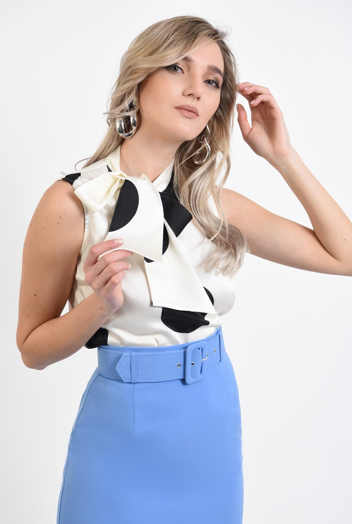 2 -  bluza eleganta, fara maneci, din satin, cu funda laterala, cu buline