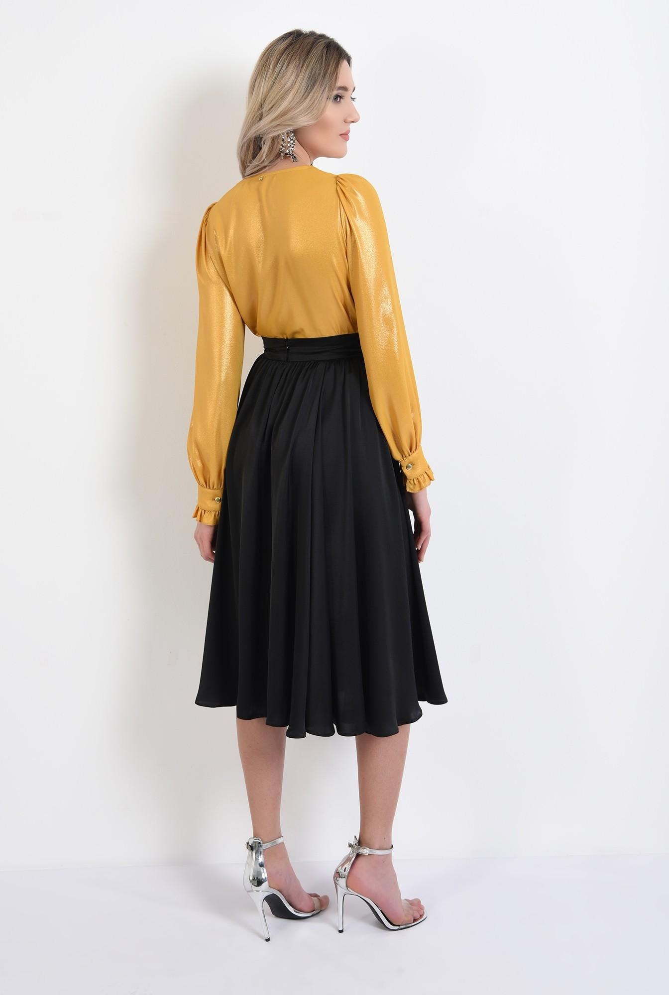 1 -  bluza eleganta, mustar, cu maneci bufante, cu anchior, tesatura lucioasa