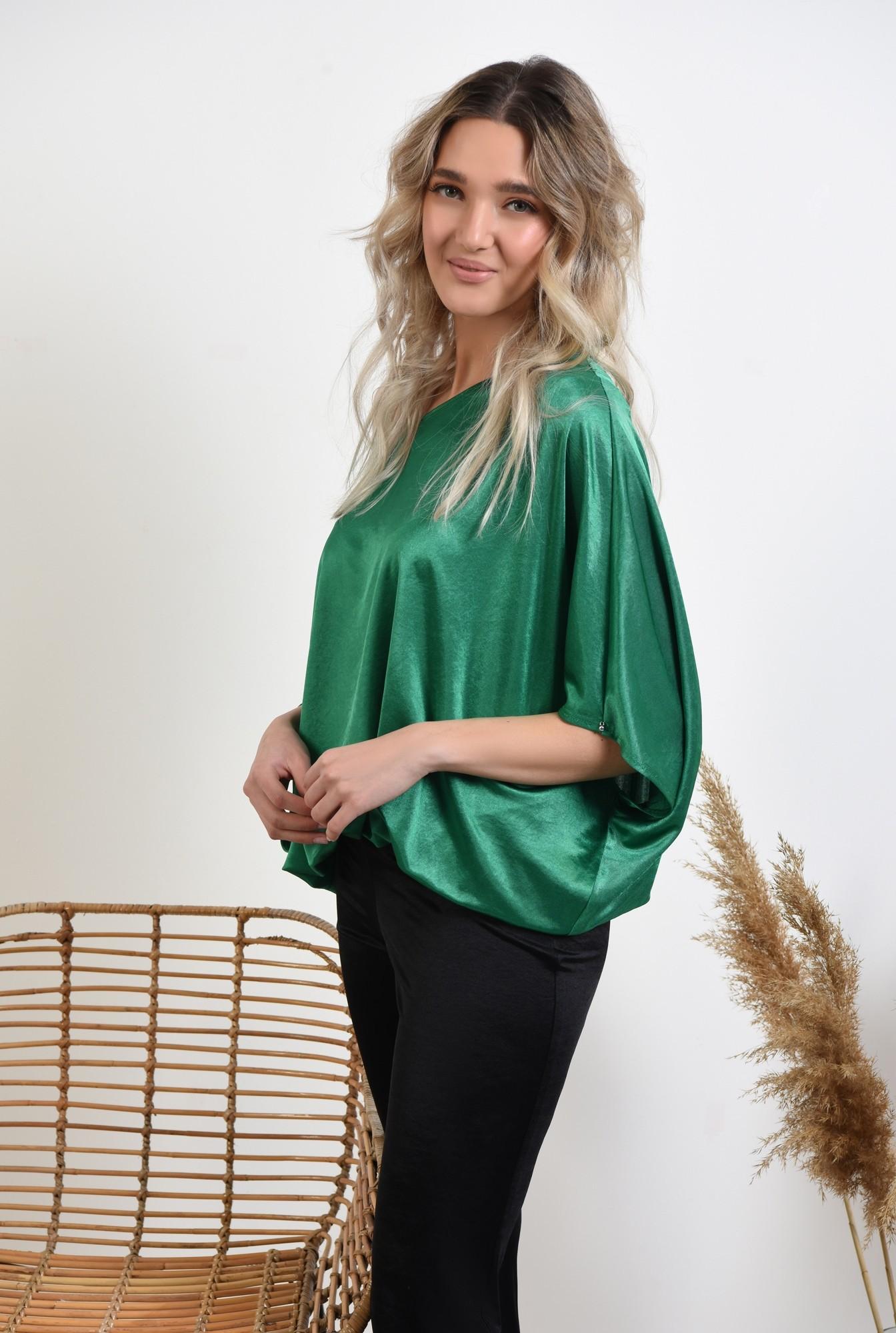 0 -  bluza verde, decolteu barcuta, elastic la talie, bluza casual