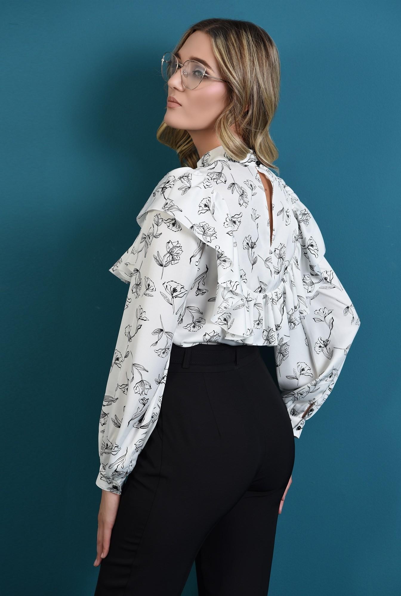 1 - bluza cu flori, cu guler inalt, cu volan