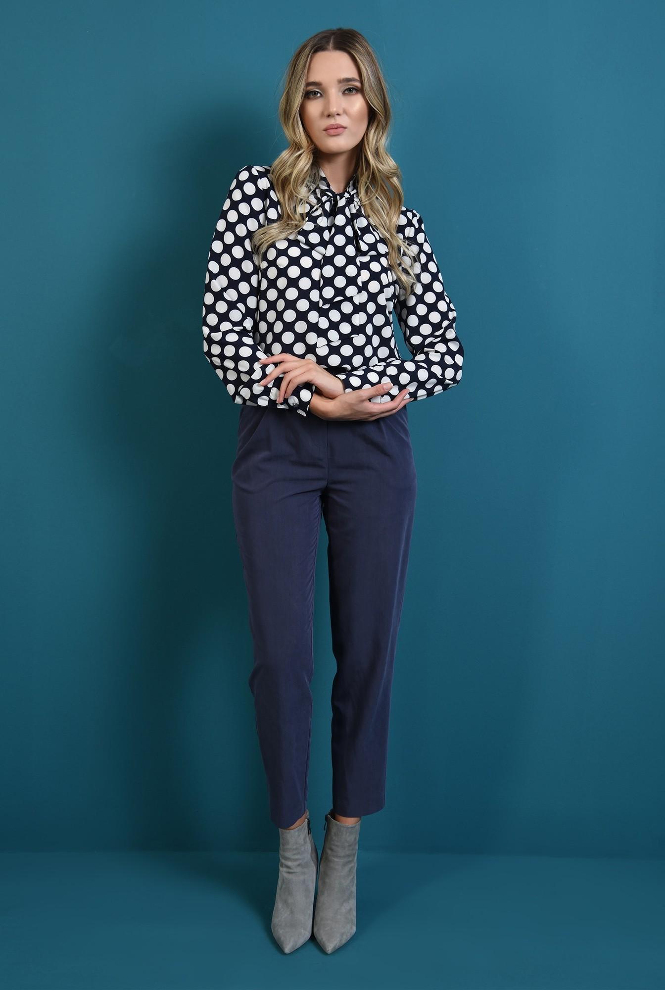 0 - 360 - bluza bleumarin, cu buline, cu maneca lunga