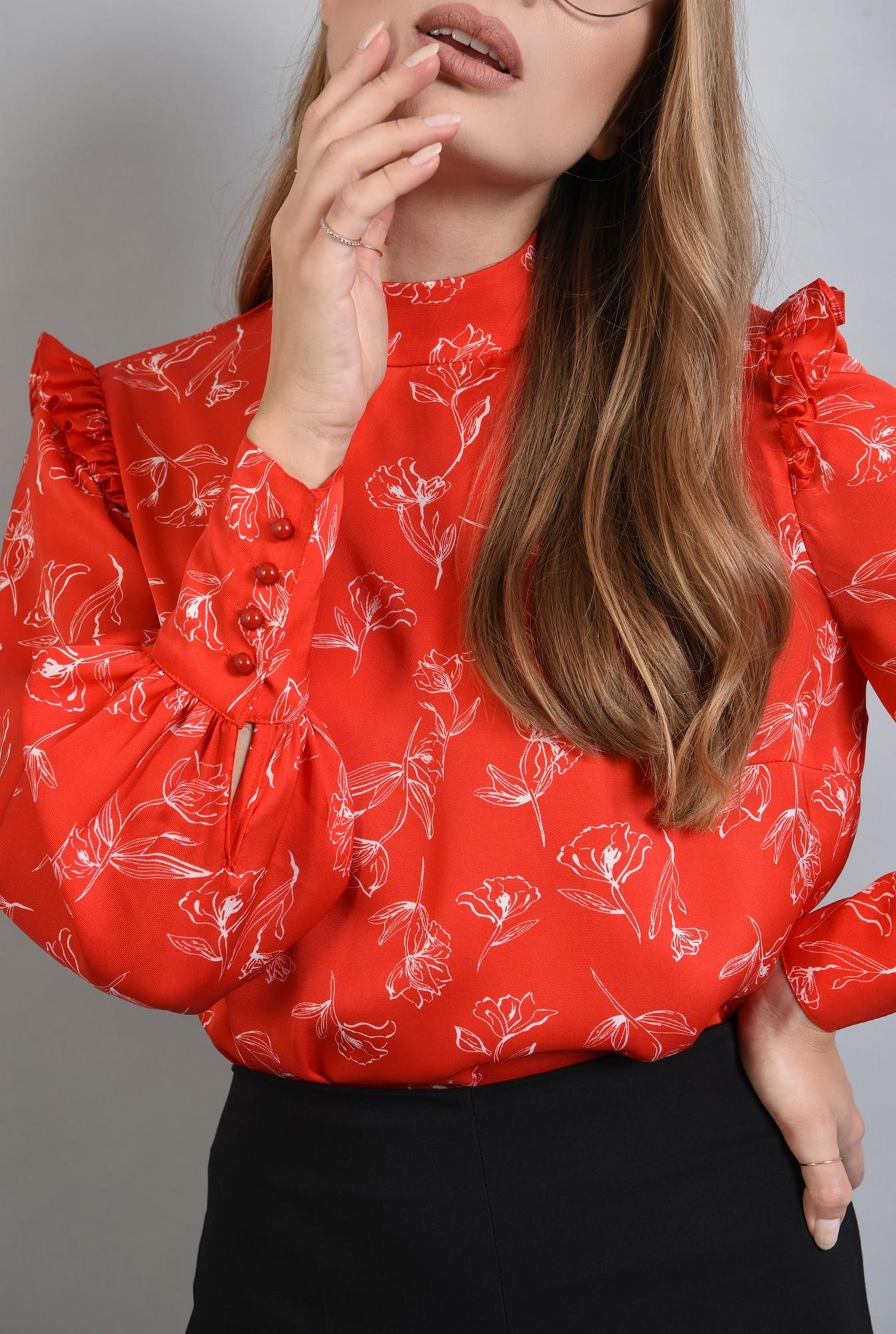 2 - bluza din satin cu guler inalt si volane
