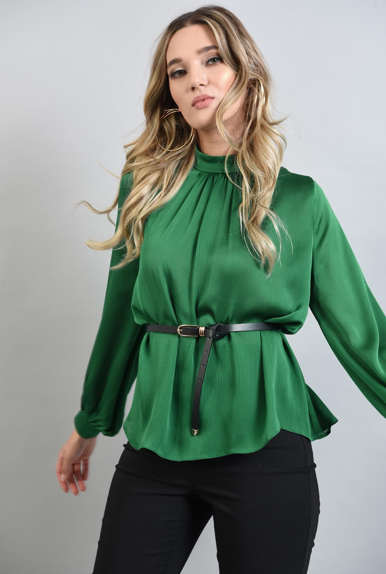2 - bluza lejera, verde, cu guler inalt, cu pliuri