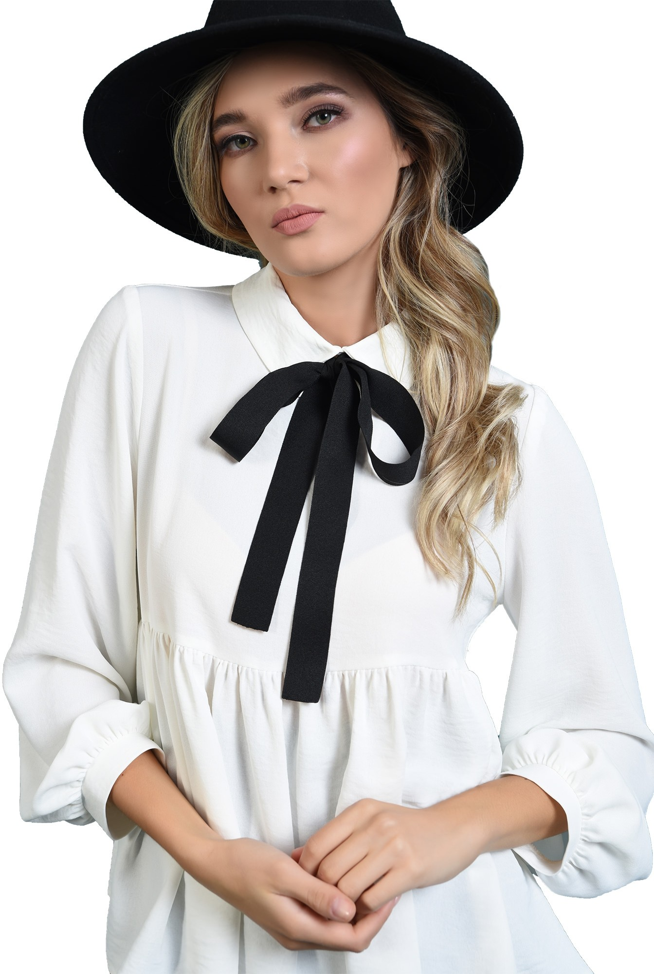 3 - bluza cu guler, cu funda neagra, cu maneca bufanta