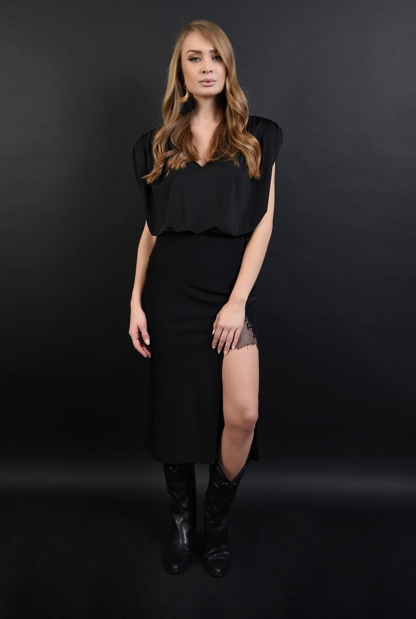 1 - bluza eleganta, neagra, cu umeri mari
