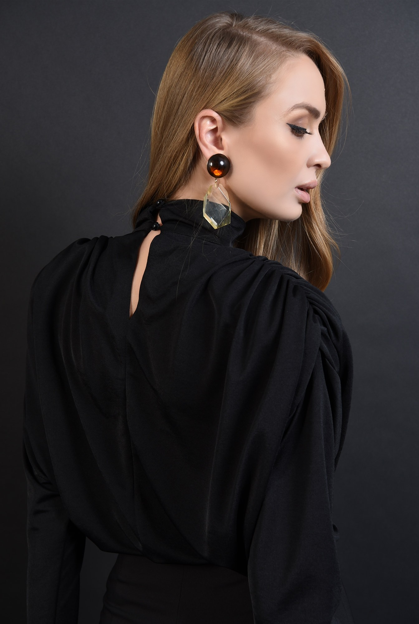 2 - bluza eleganta, neagra, cu fronseuri, Poema