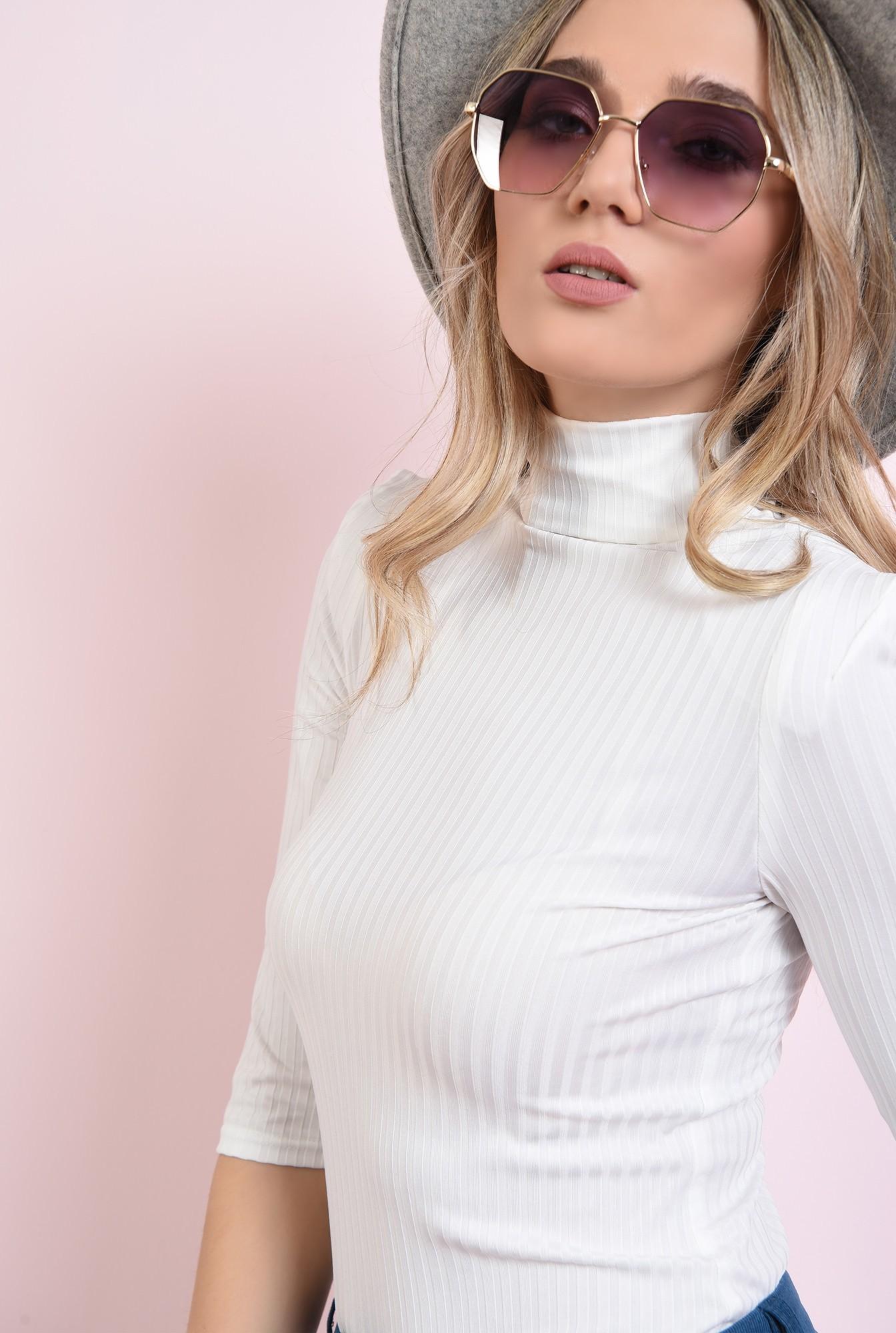 1 - bluza alba, casual, cu guler inalt
