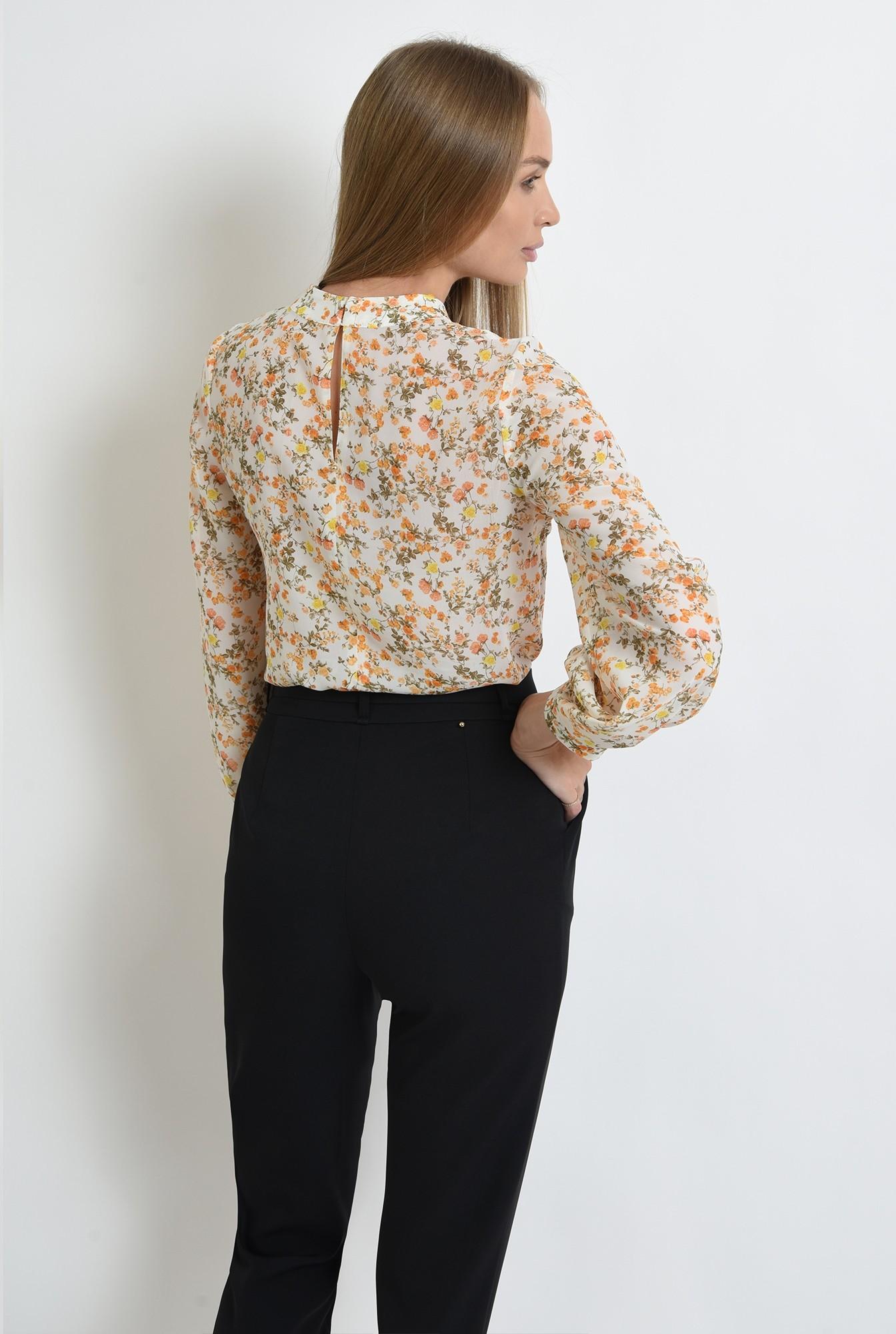 2 - bluza de zi, cu motive florale, cu maneca lunga