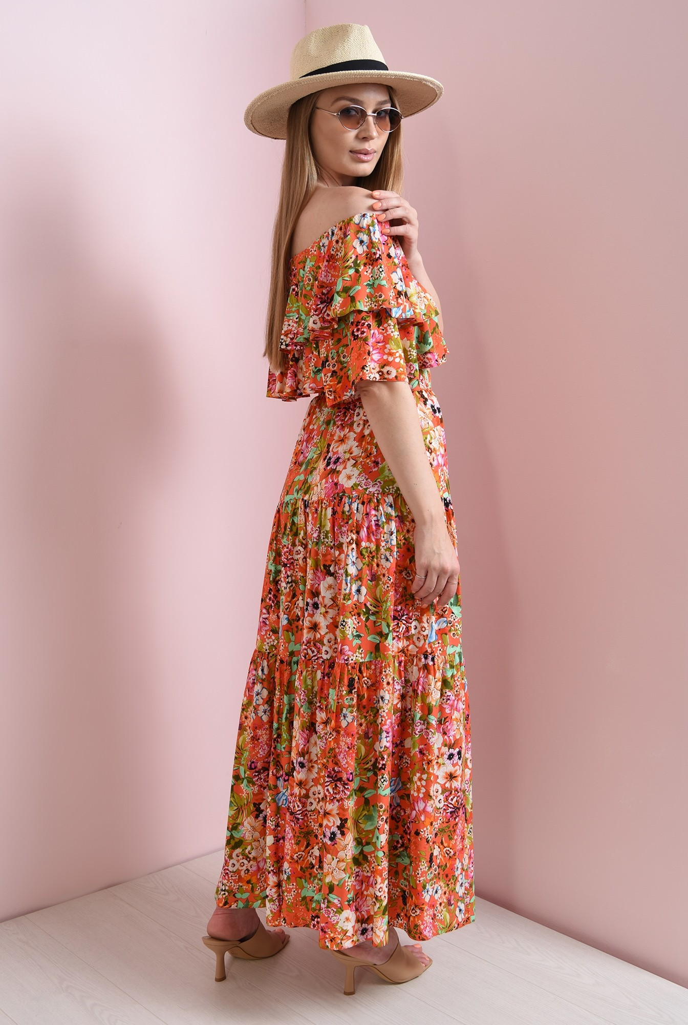 1 - fusta rosie, cu flori, evazata, Poema