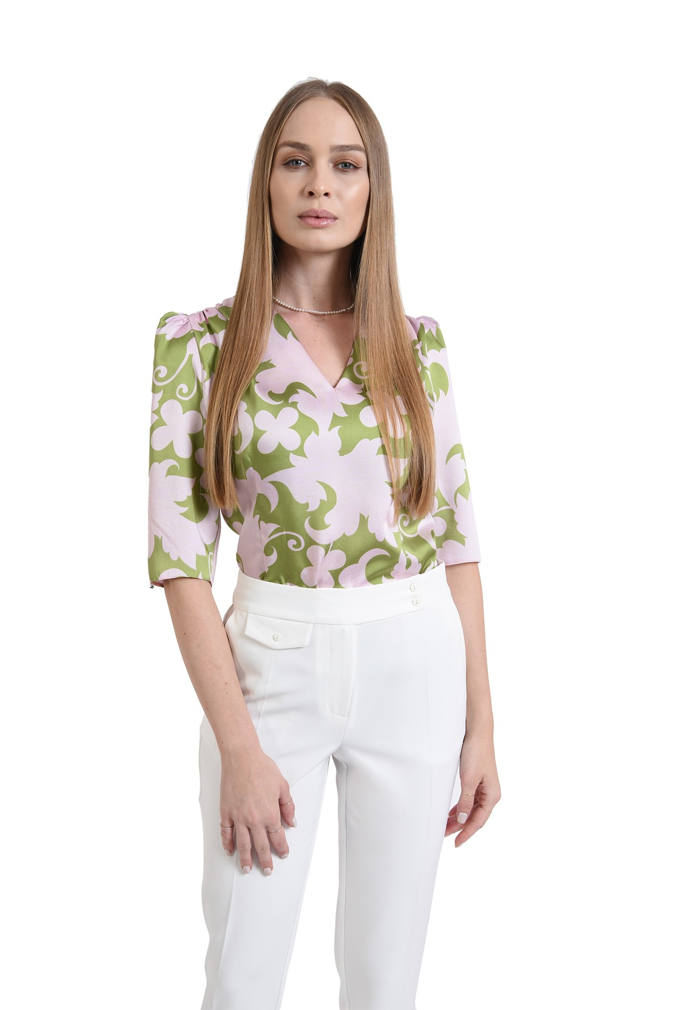 3 - bluza din satin, cu motive florale