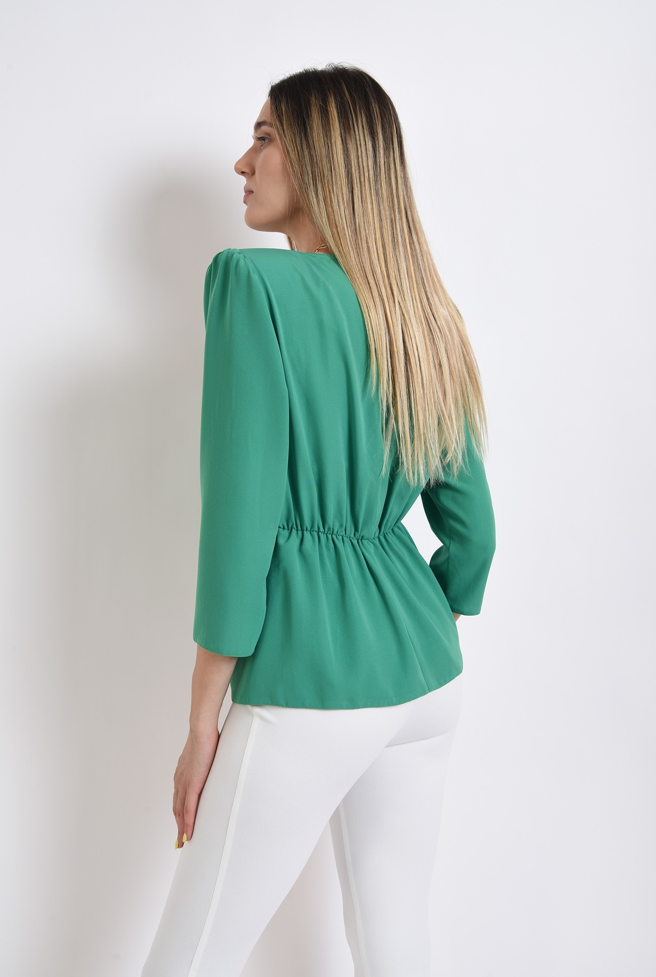 2 - bluza verde, cu drapaj, Poema