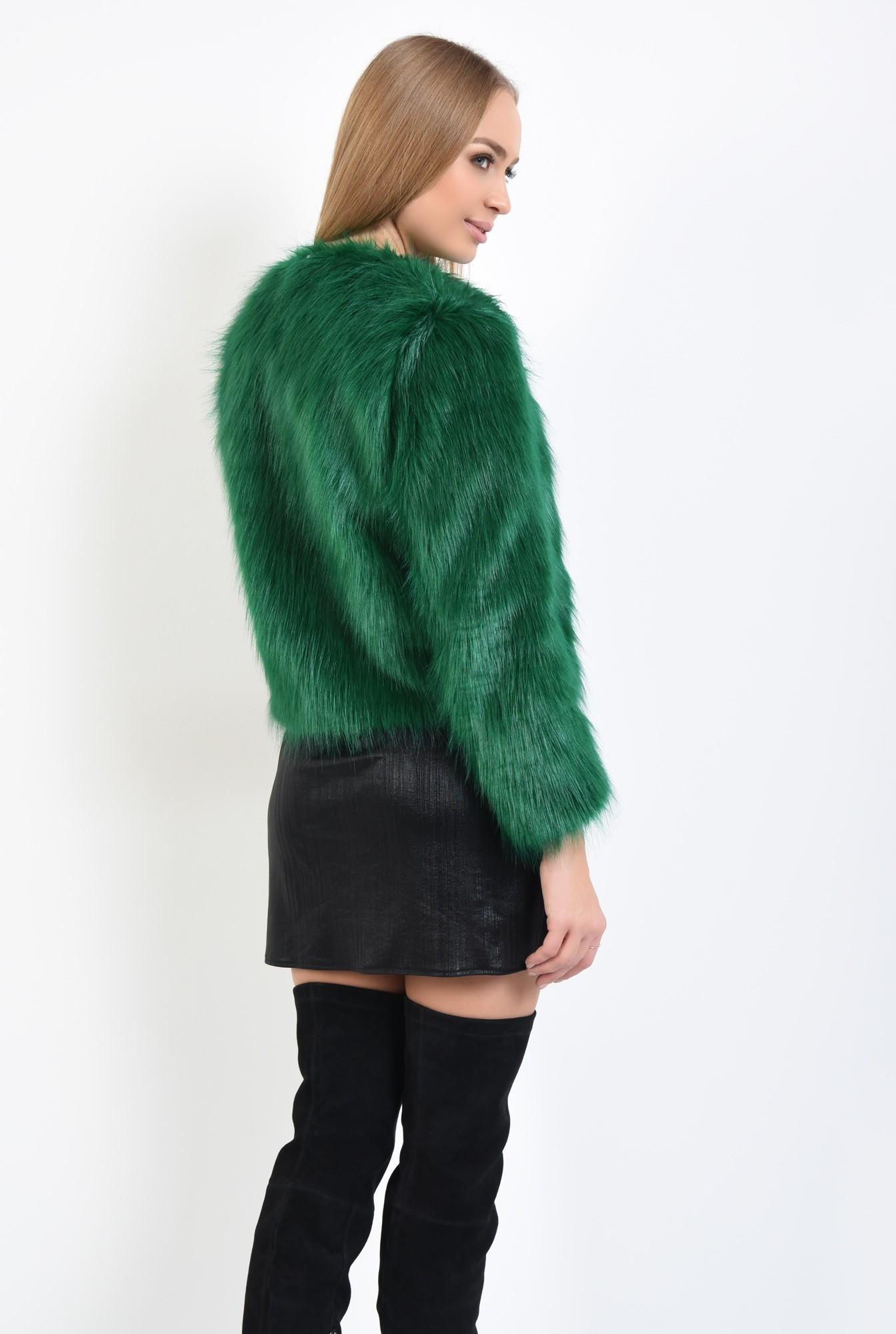 1 - jacheta verde, blana artificiala, maneci lungi
