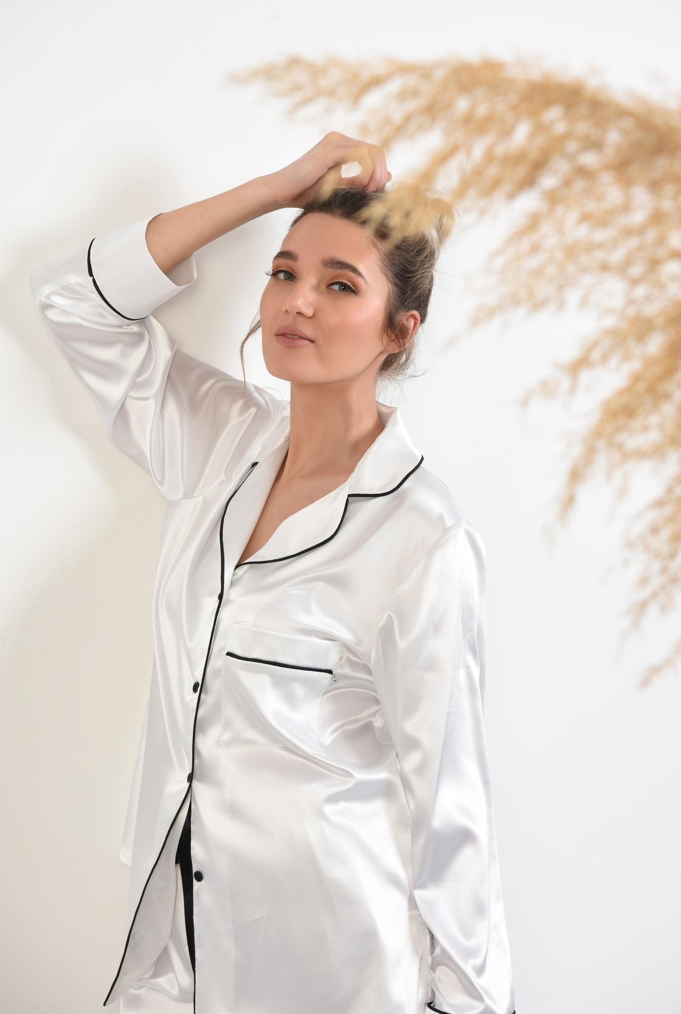 2 - camasa din satin, alb, cu nasturi, cu buzunar, cu borduri contrastante